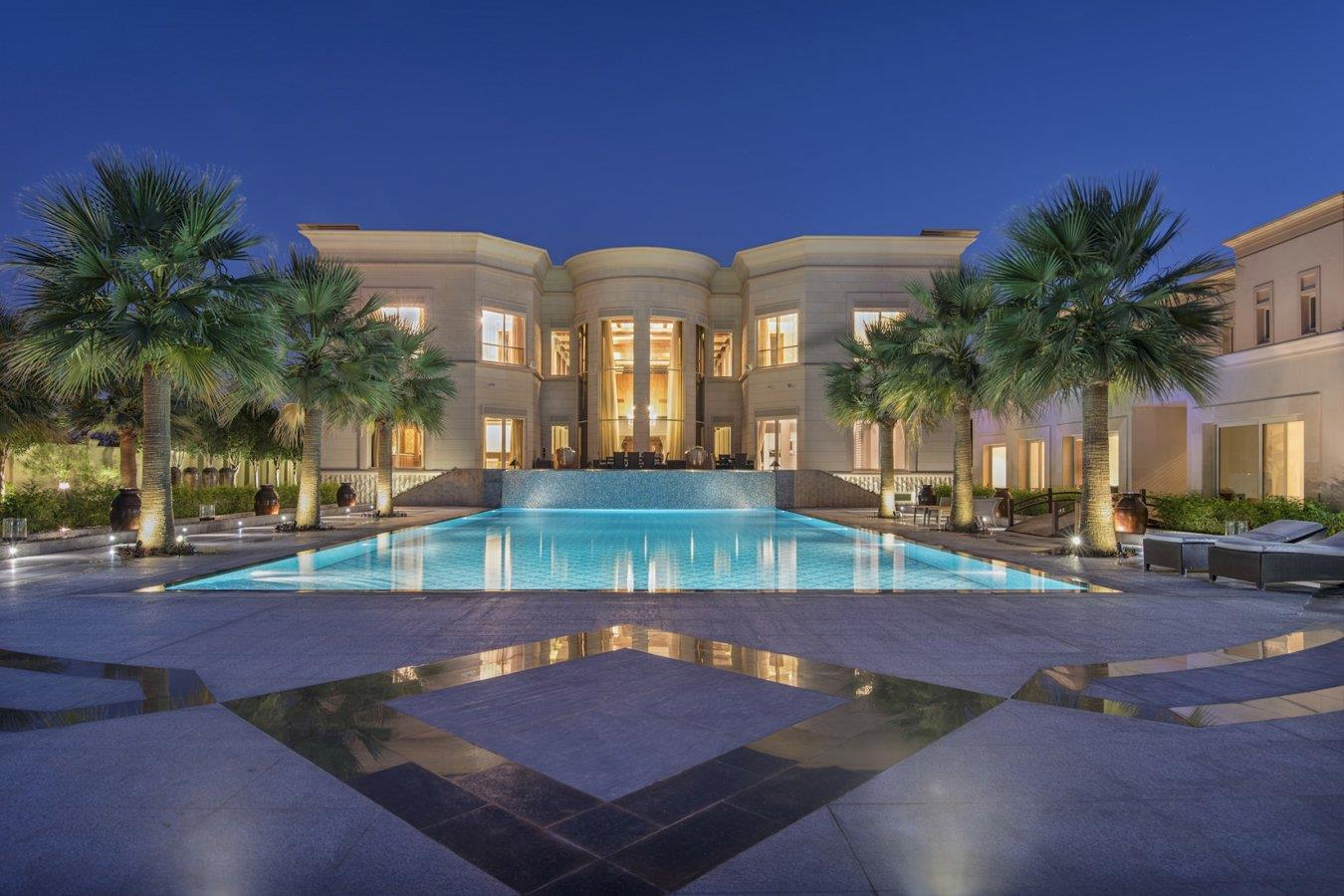 Majestic Five Bedroom Mansion | Golf View