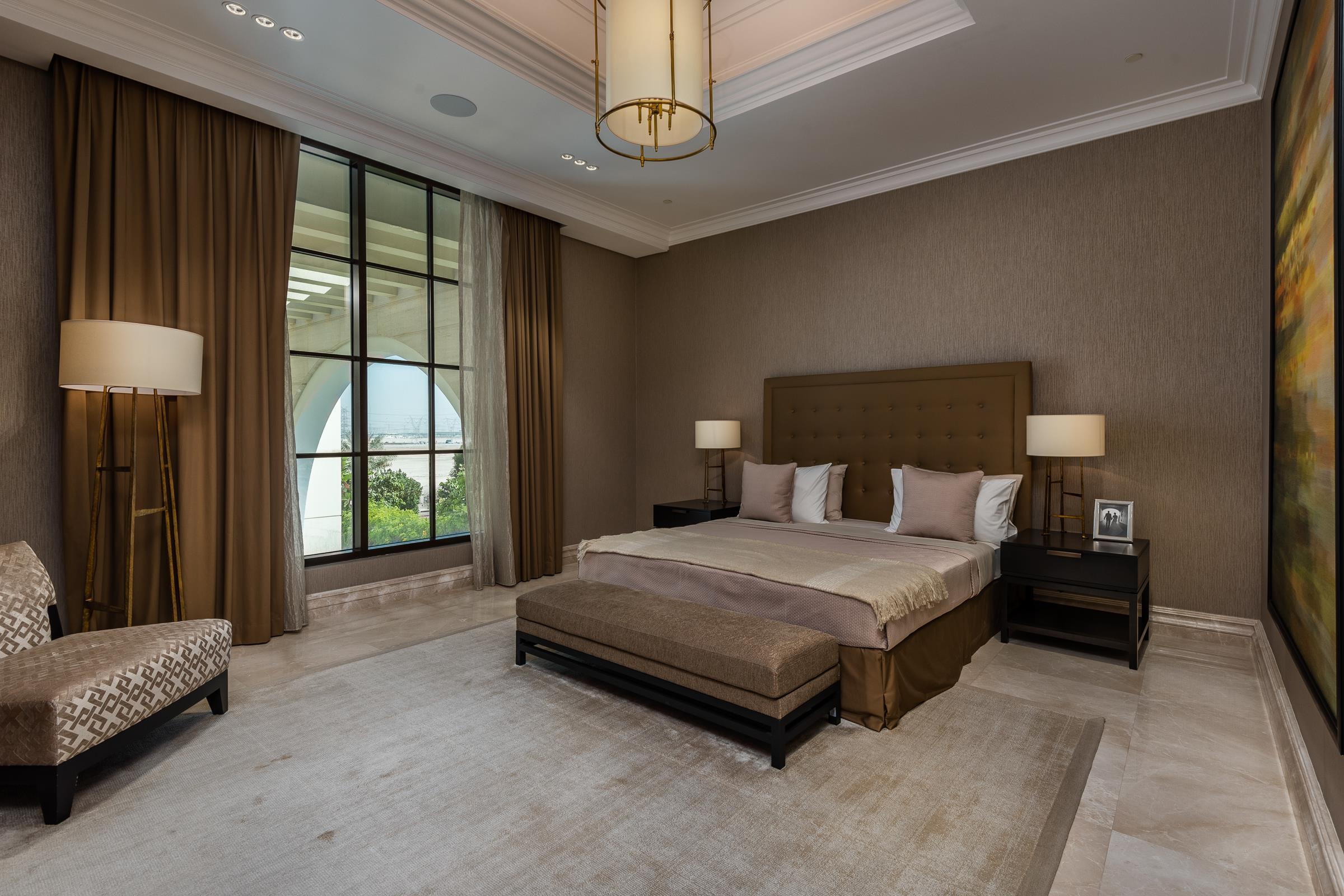 7 Bedroom Mansion on the Crystal Lagoon