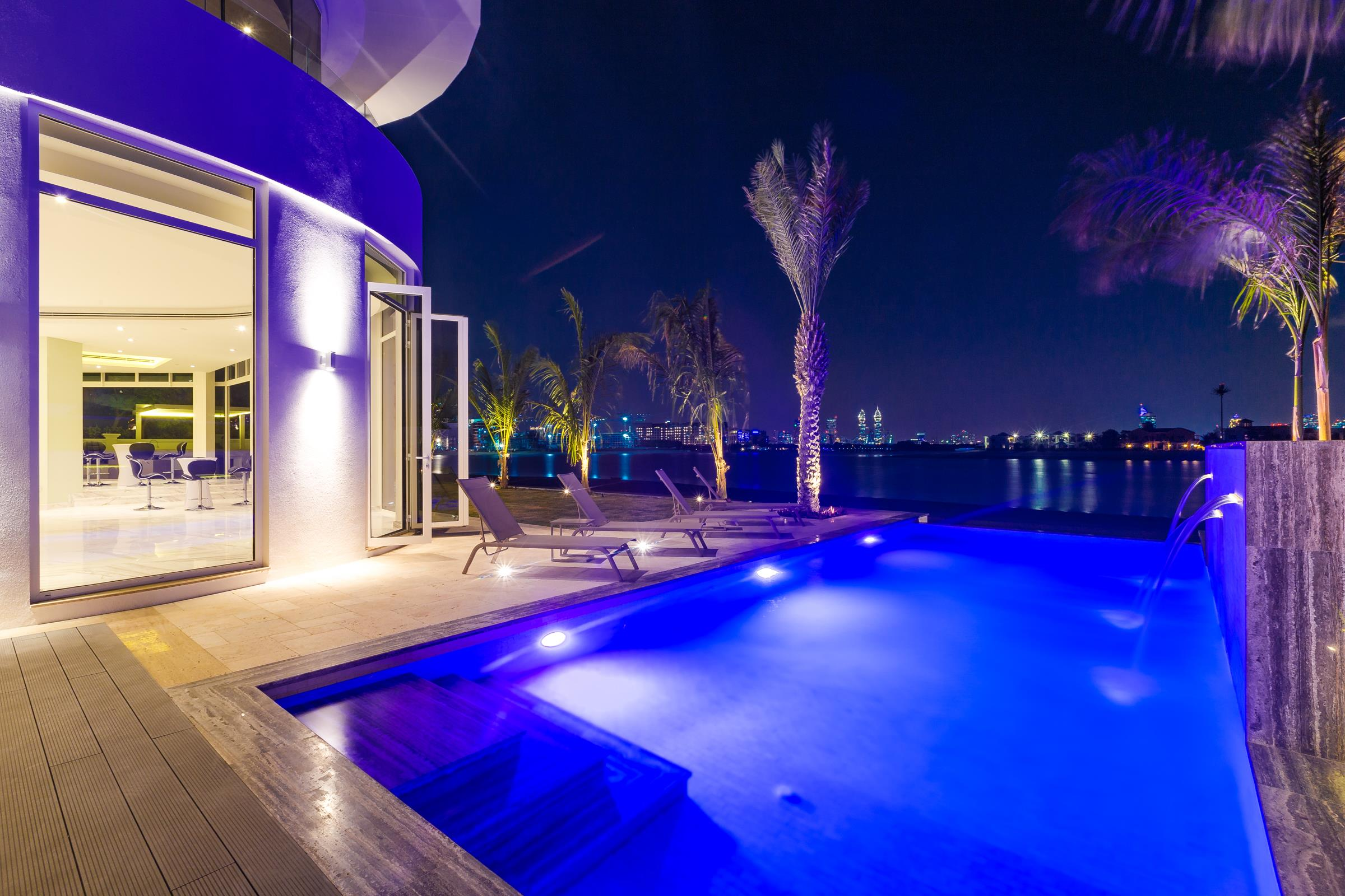 Exquisitely Extended Contemporary Villa with Stunning Views
