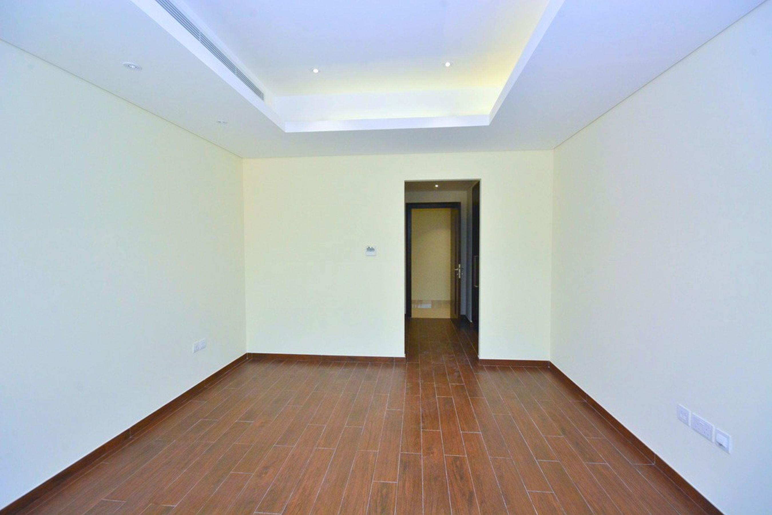4 Bed Contemporary Townhouse Grand Views