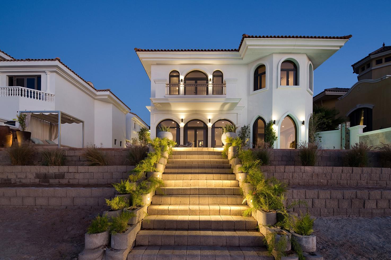 Stunning Garden Home Villa at Frond L