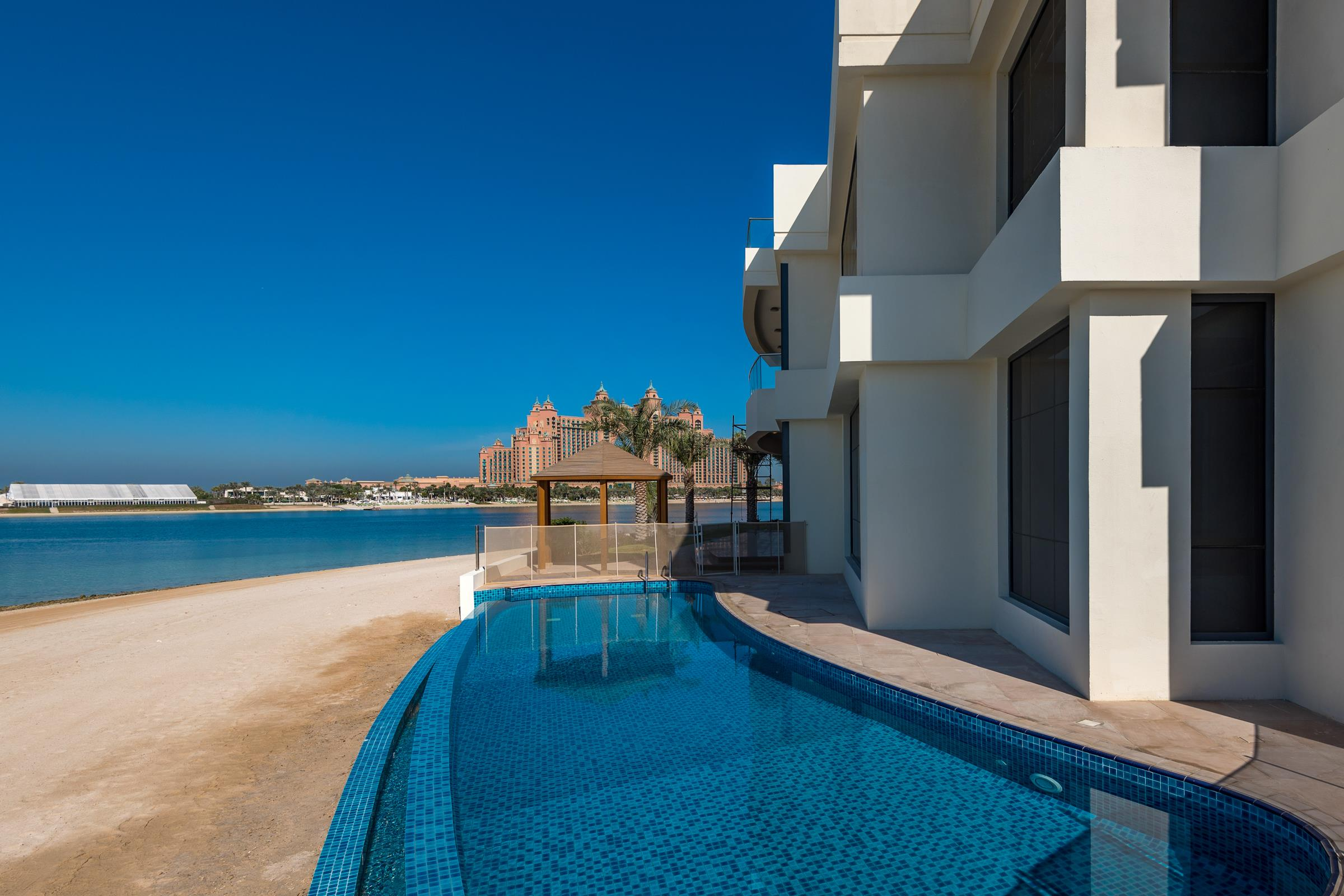 Rare Opportunity to Own a Full Tip of 5 villas