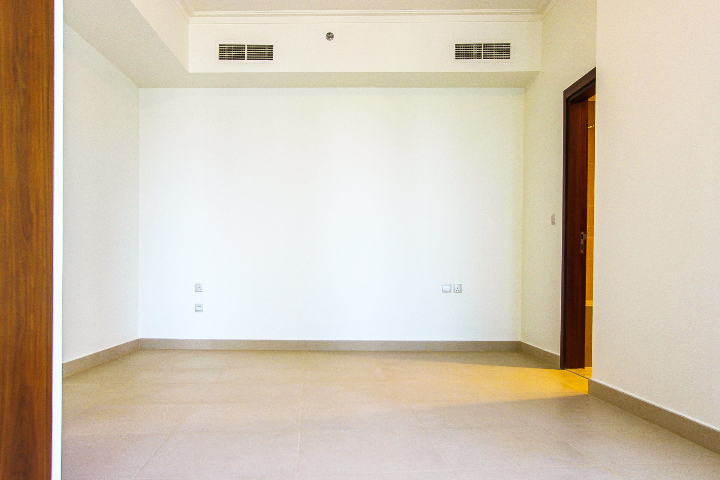 Large Size | Sea View | Ready To Move-In