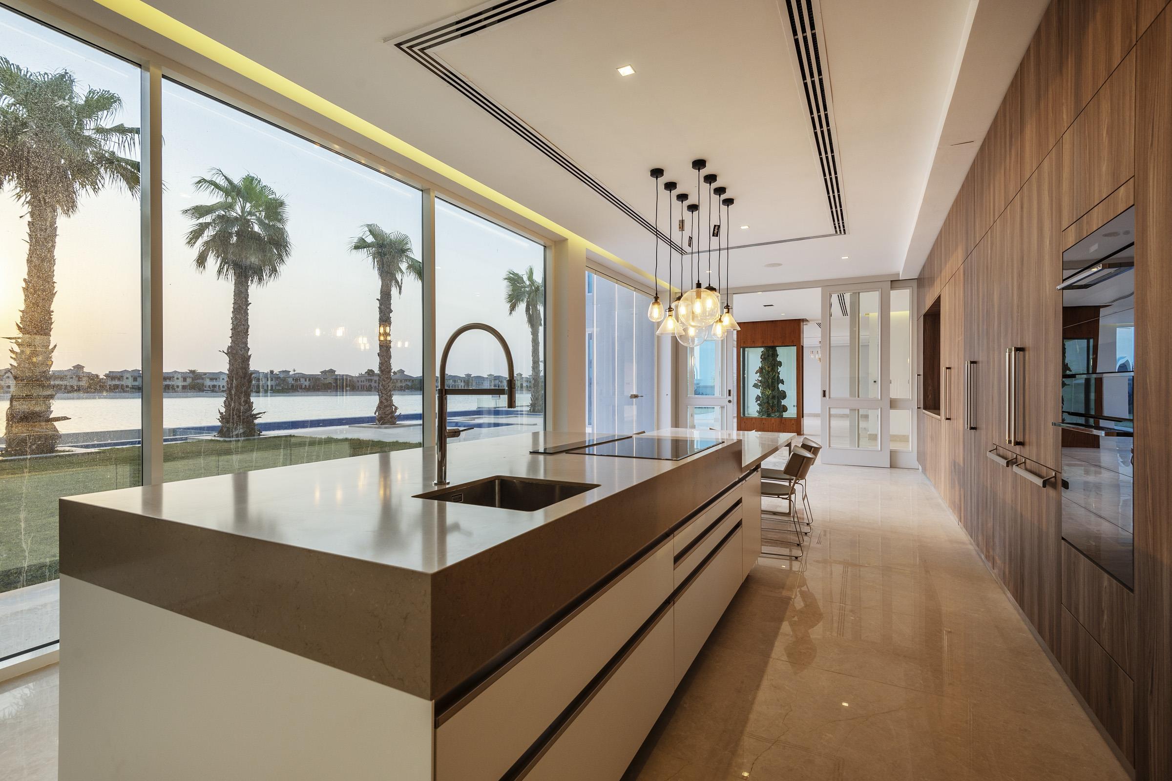 Fully Upgraded 6 Bedroom Signature Villa
