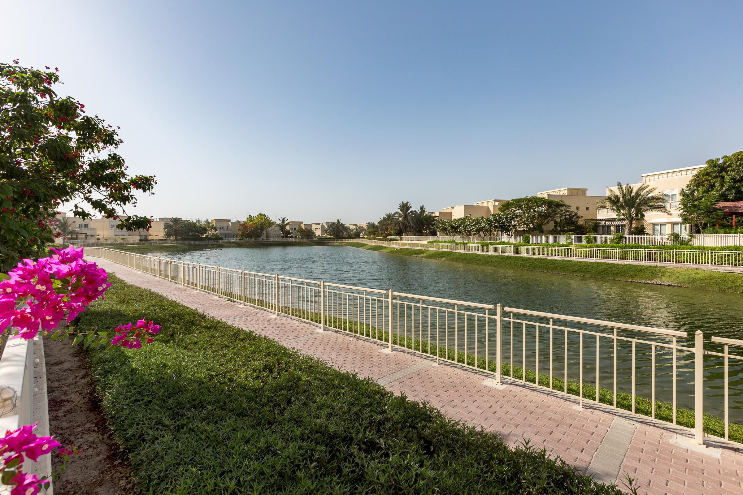 Upgraded Type 7 Lake Views Swimming Pool
