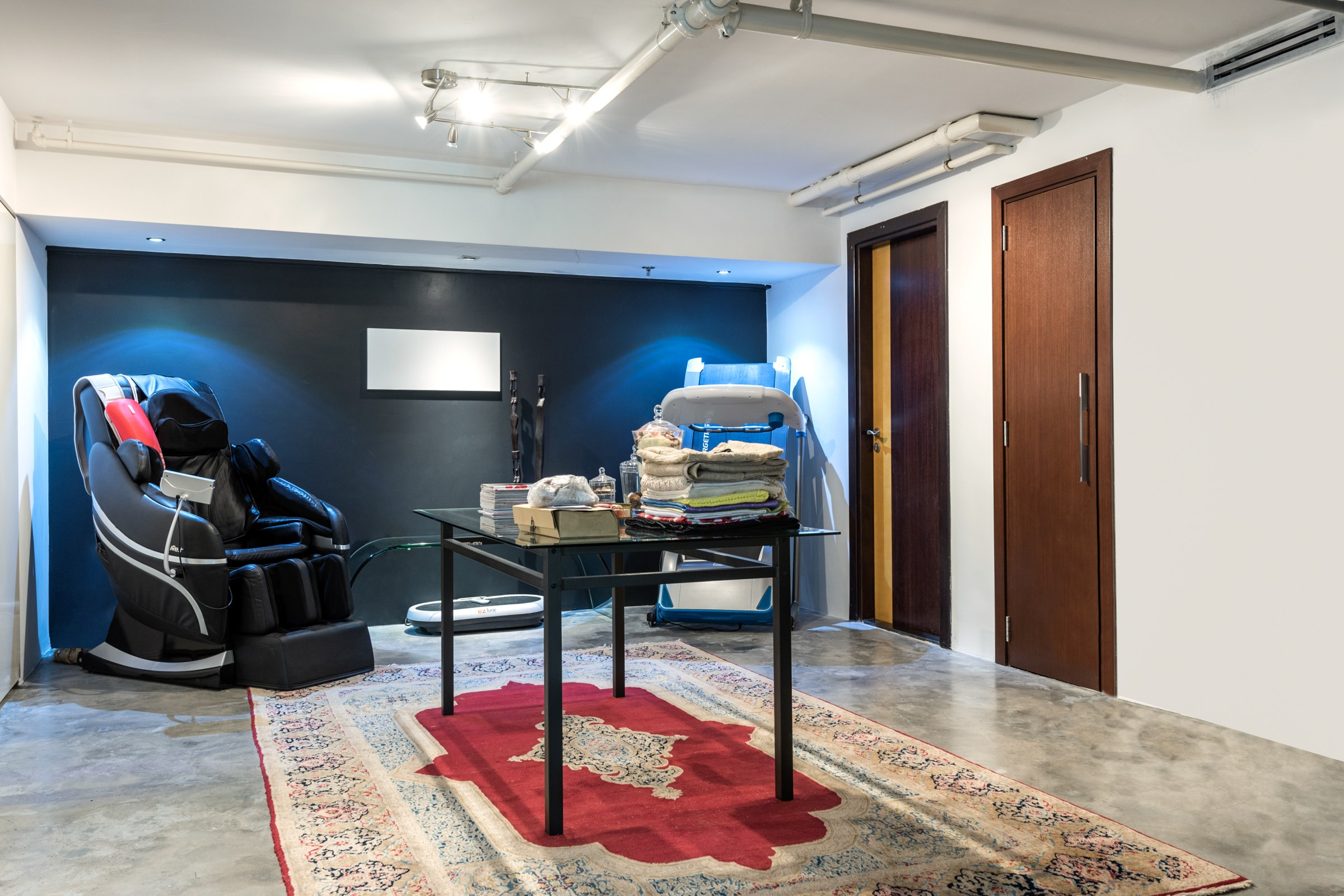 Vacant | Upgraded Loft Apartment | 2 Bed