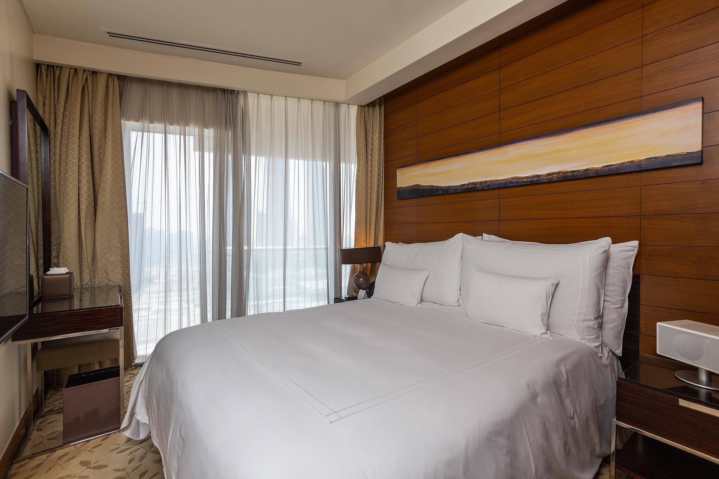 Beautiful Two Bed in Address Dubai Mall