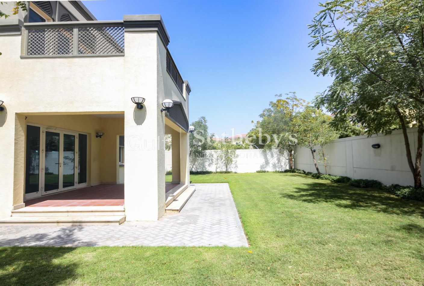 Immaculate Three Bedroom Park Facing VOT