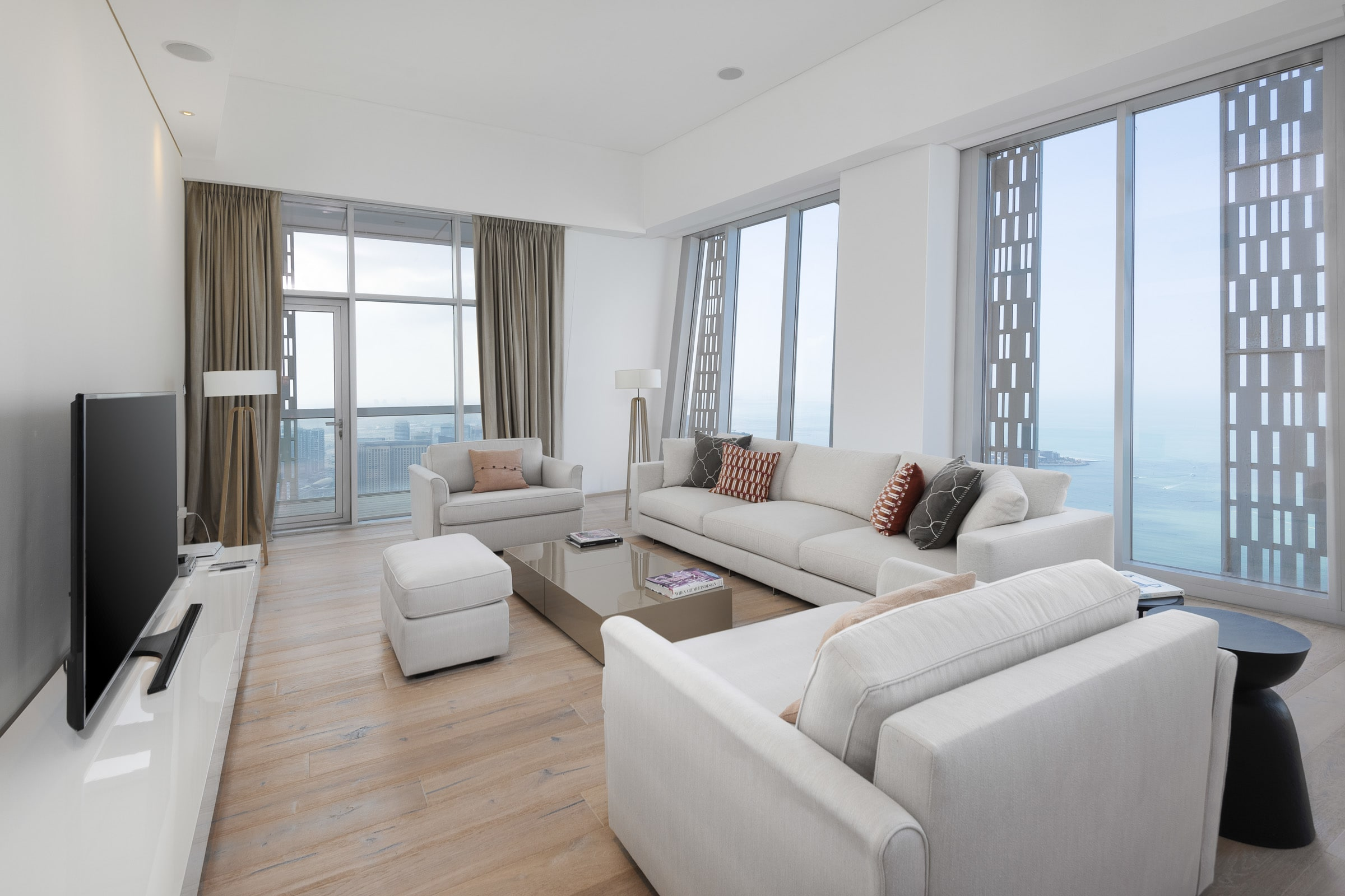 Half Floor 4 Bed Penthouse in Cayan Tower