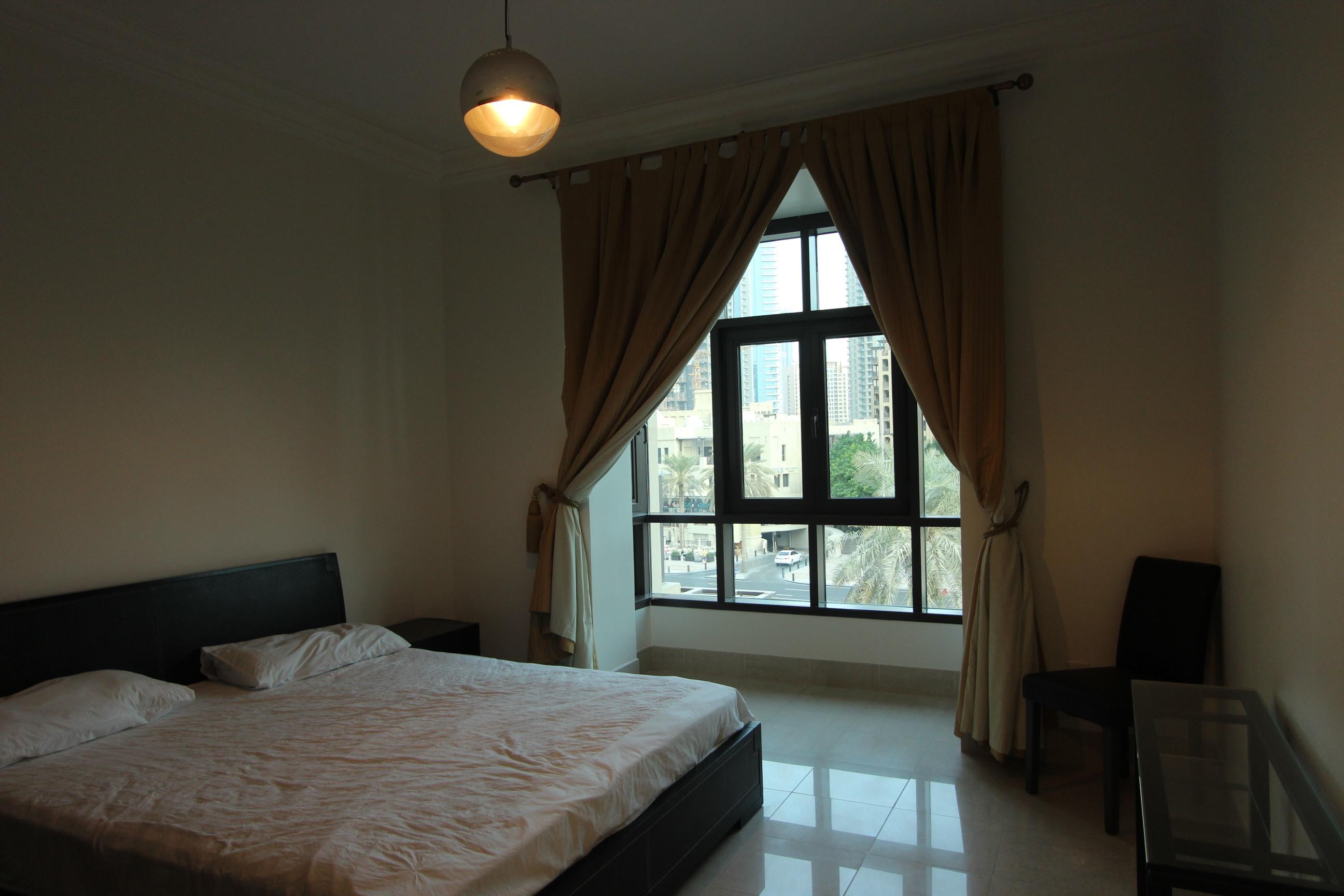 High Floor | 1 Bedroom | Old Town Views