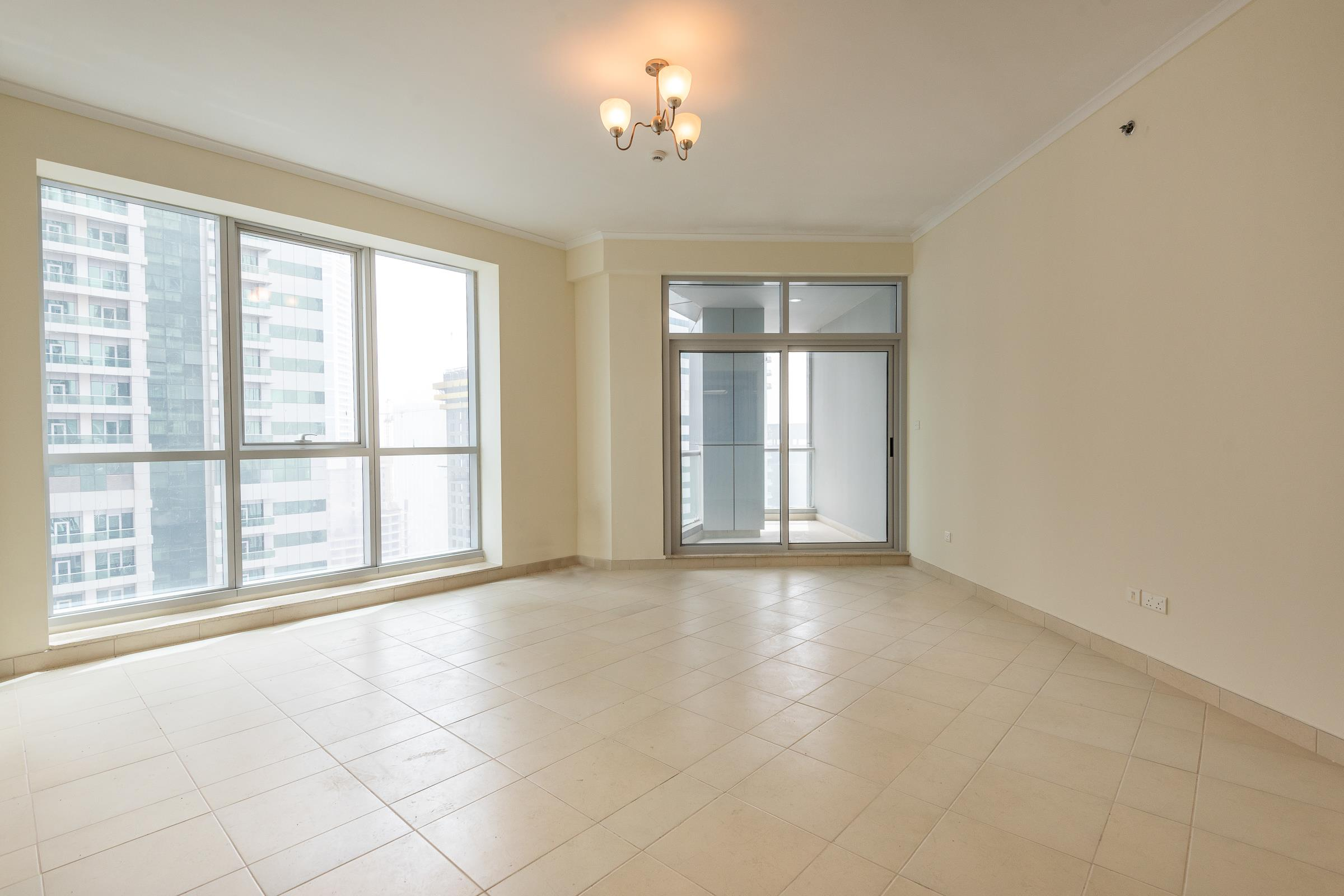 Large | Two Bed Apartment |Torch Tower