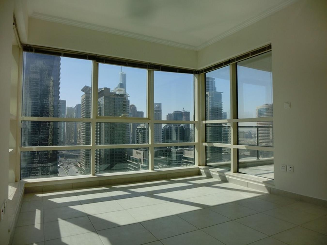 Great Price 2BR With Amazing Marina View