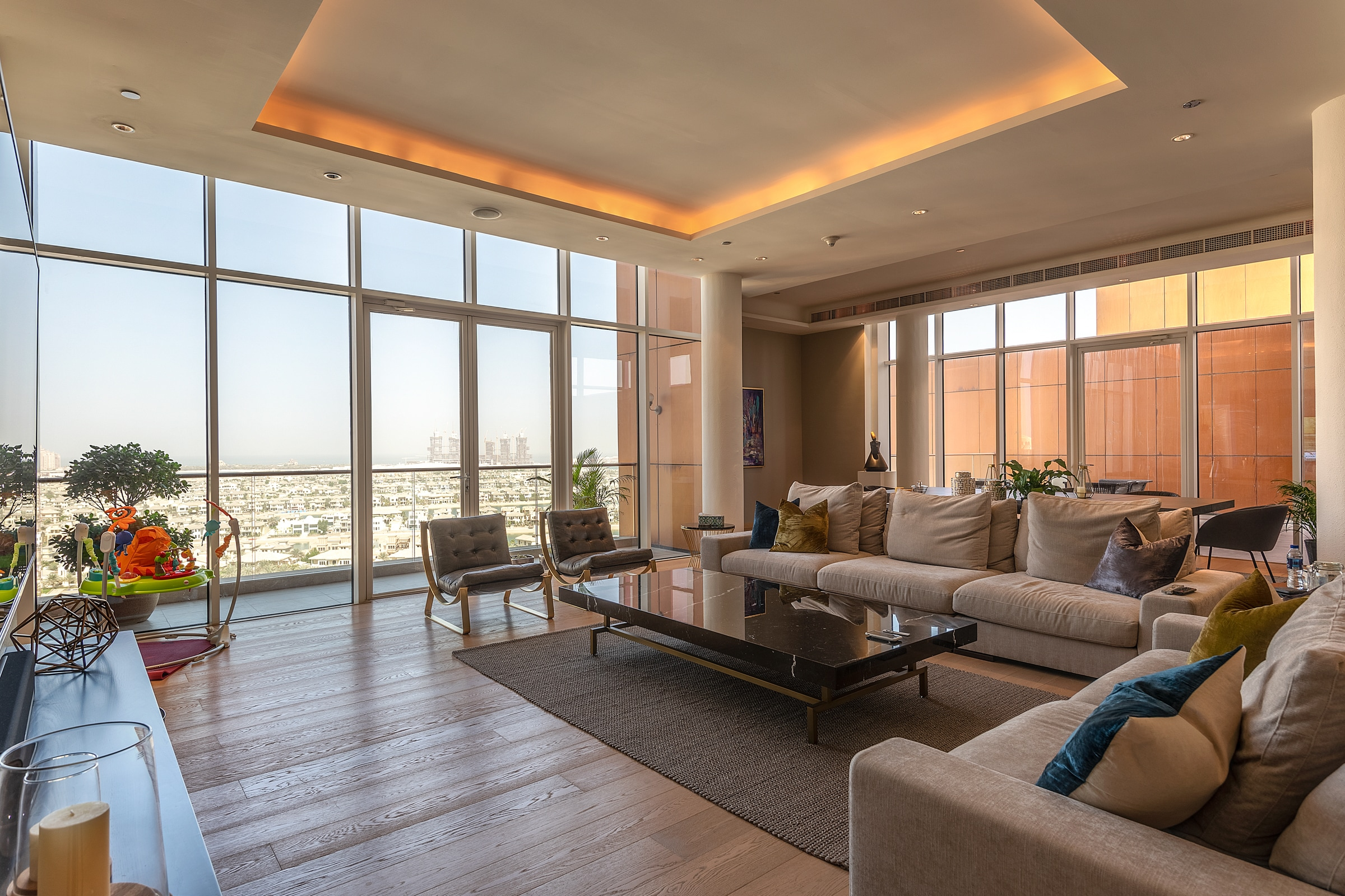 Upgraded Penthouse   Stunning Sea Views