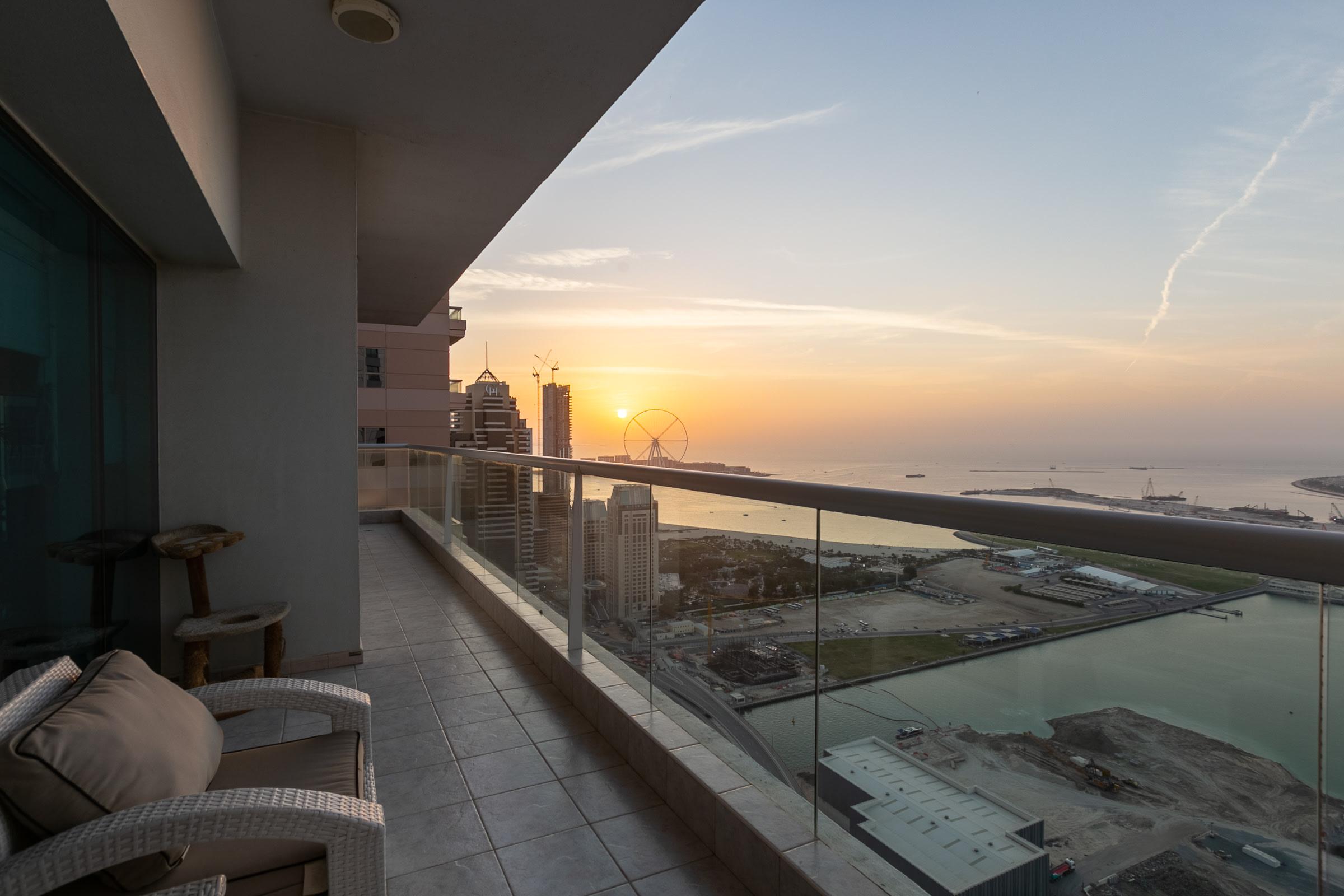 Upgraded | Full Sea Views on High Floor