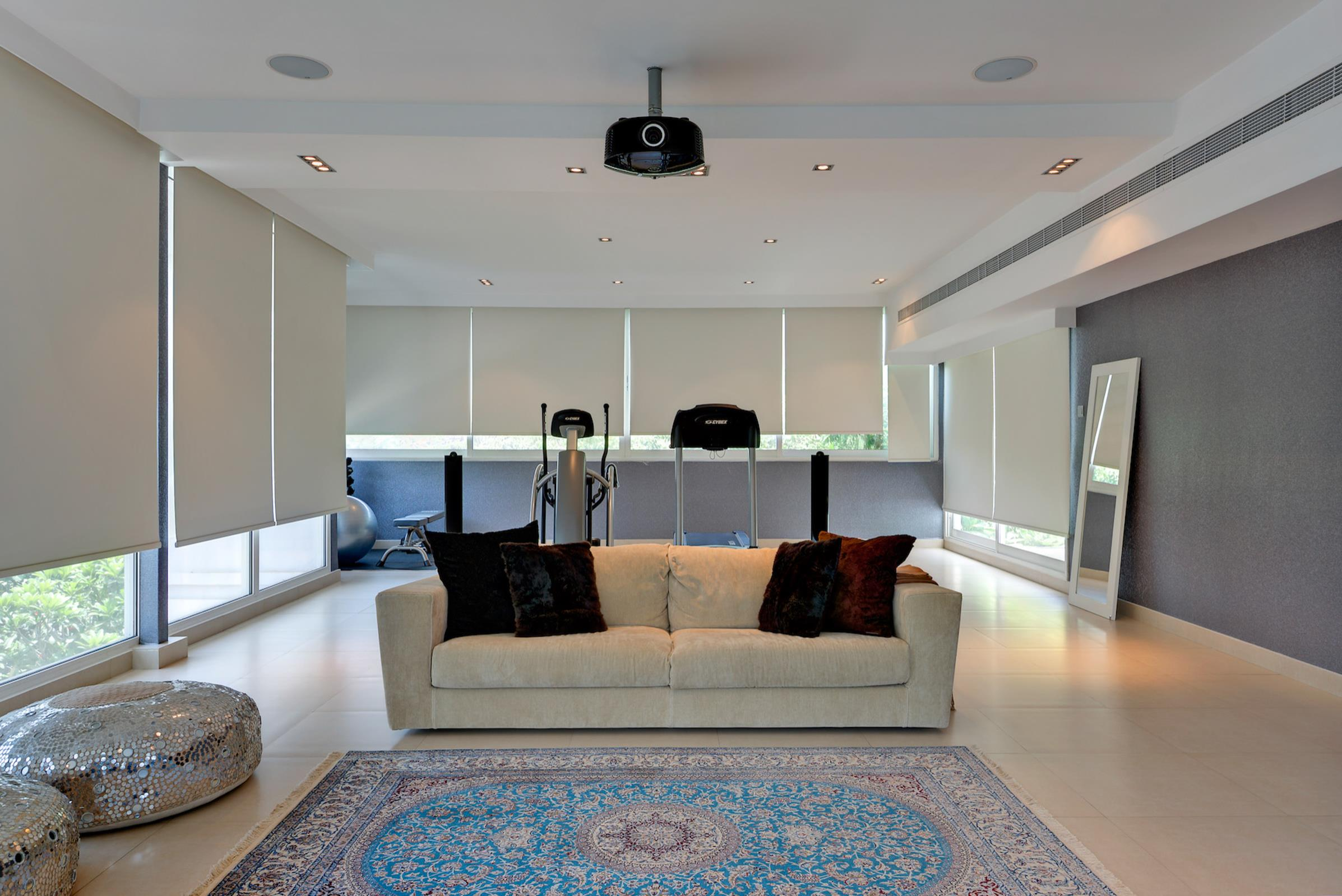 Upgraded Contemporary Family Villa Emirates Hills