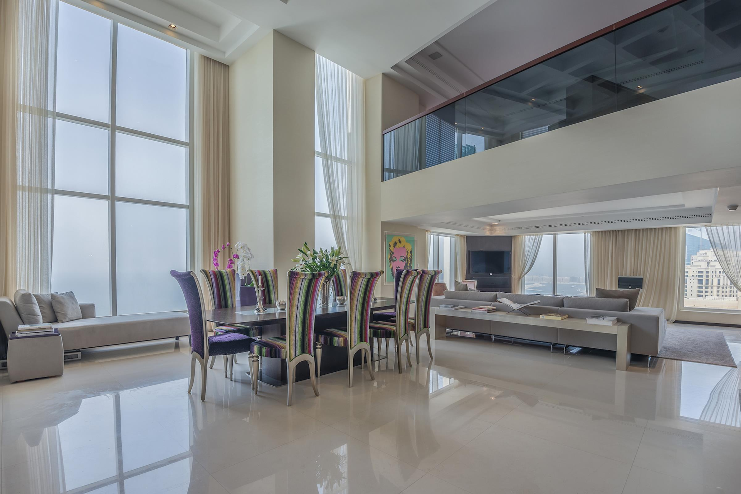 Elegant One Bedroom Duplex Apartment