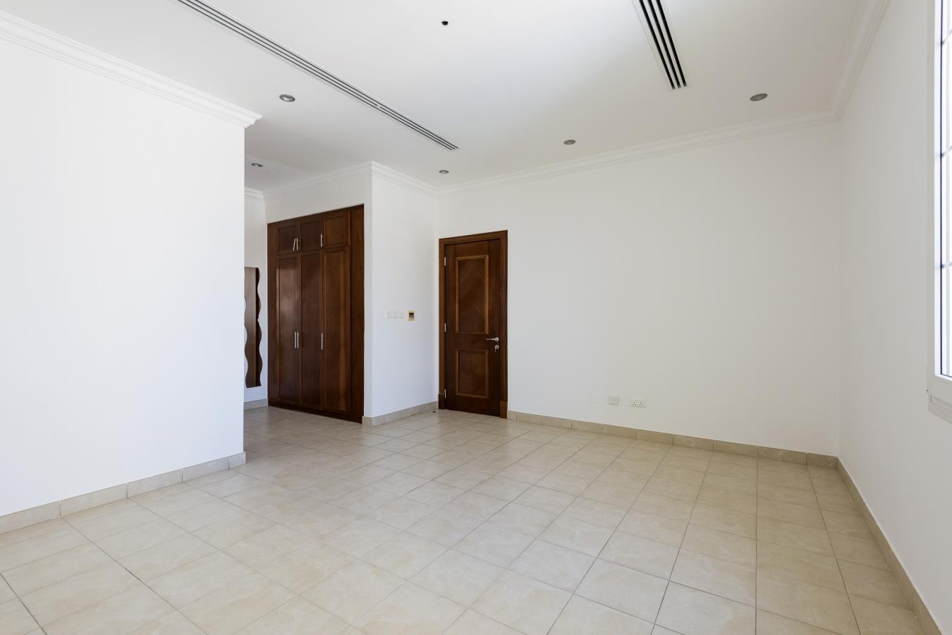 Luxurious Villa in Sector E Emirates Hills