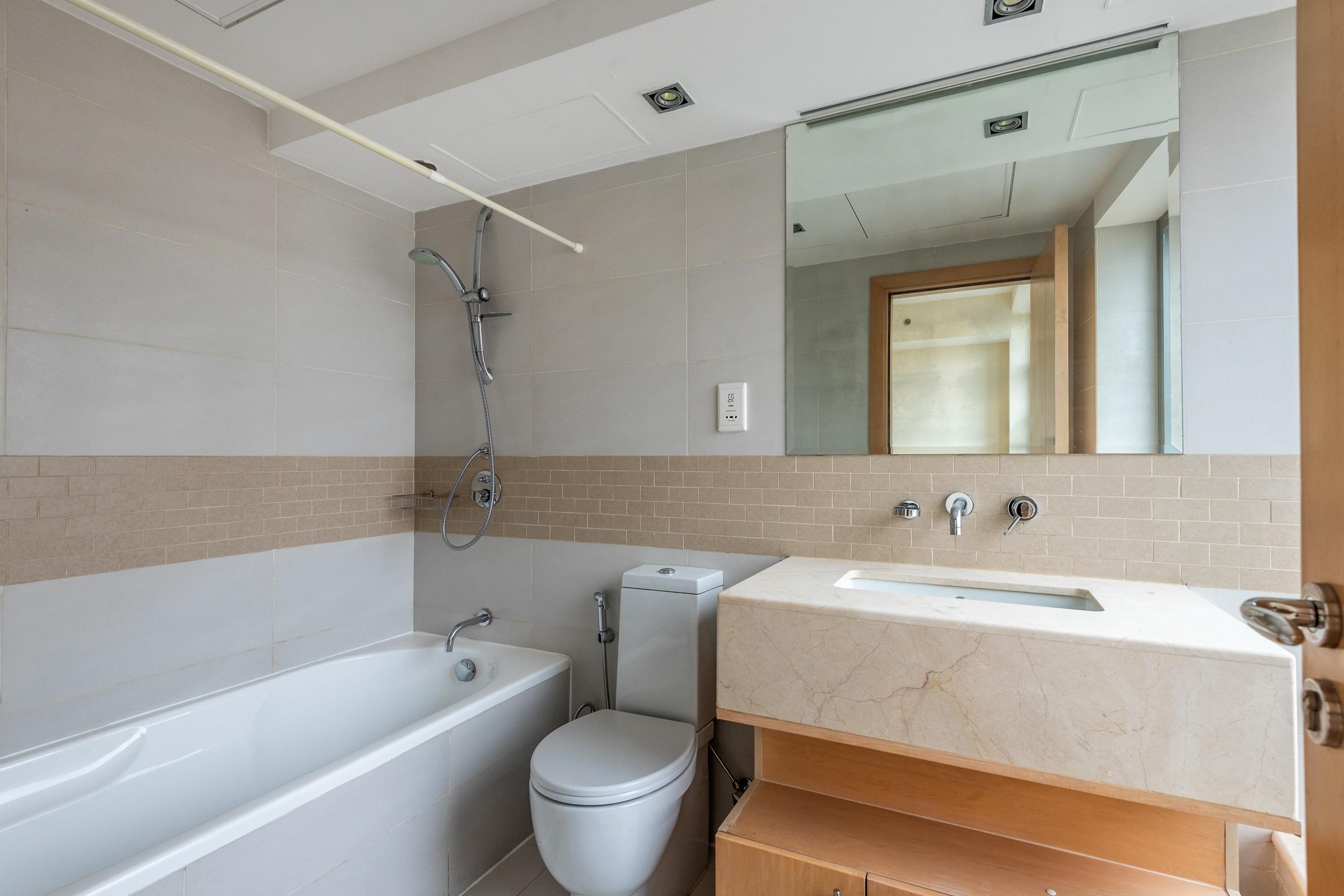 Big One Bedroom Layout  Marina Sea View