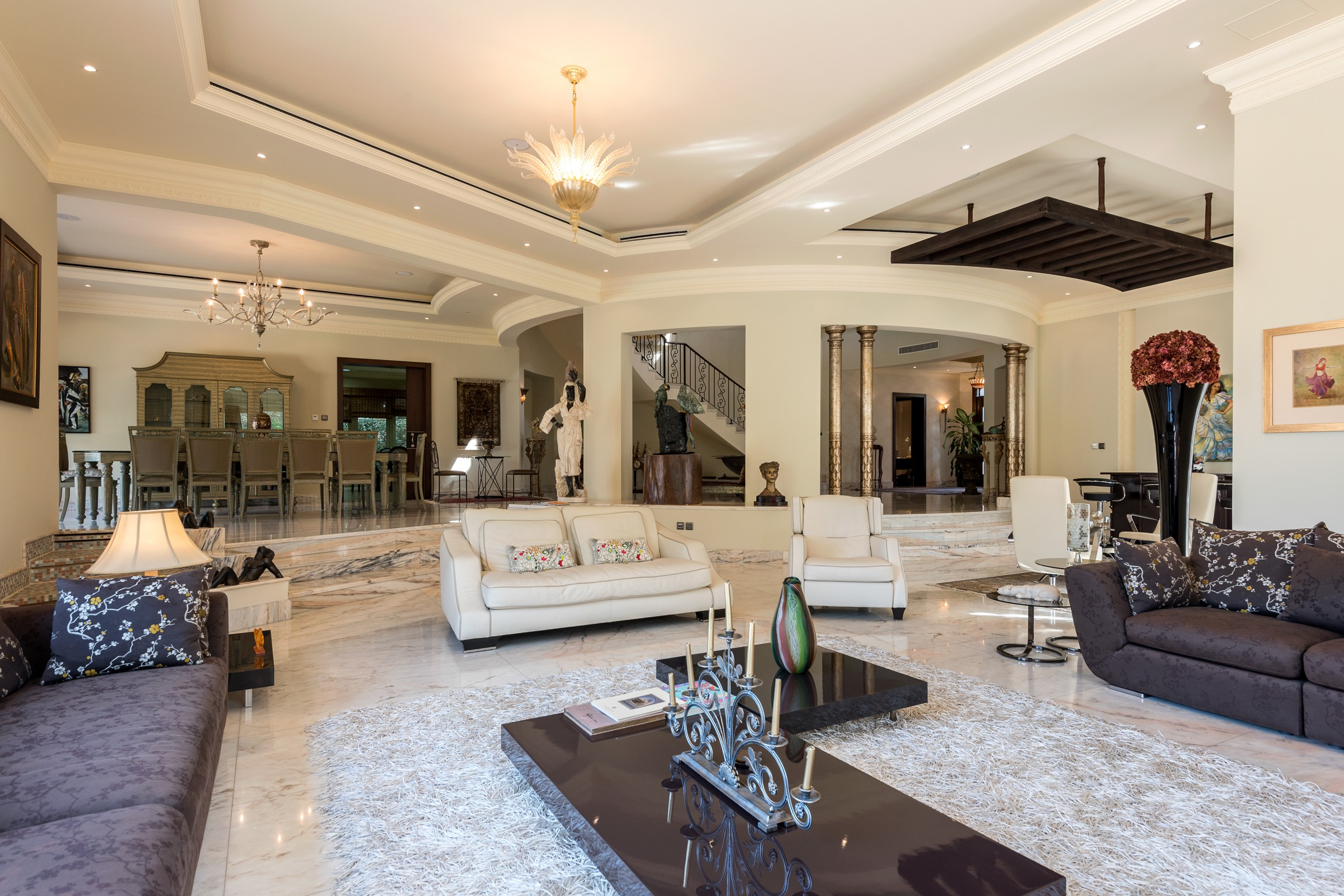 Luxurious Villa in Section R Emirates Hills