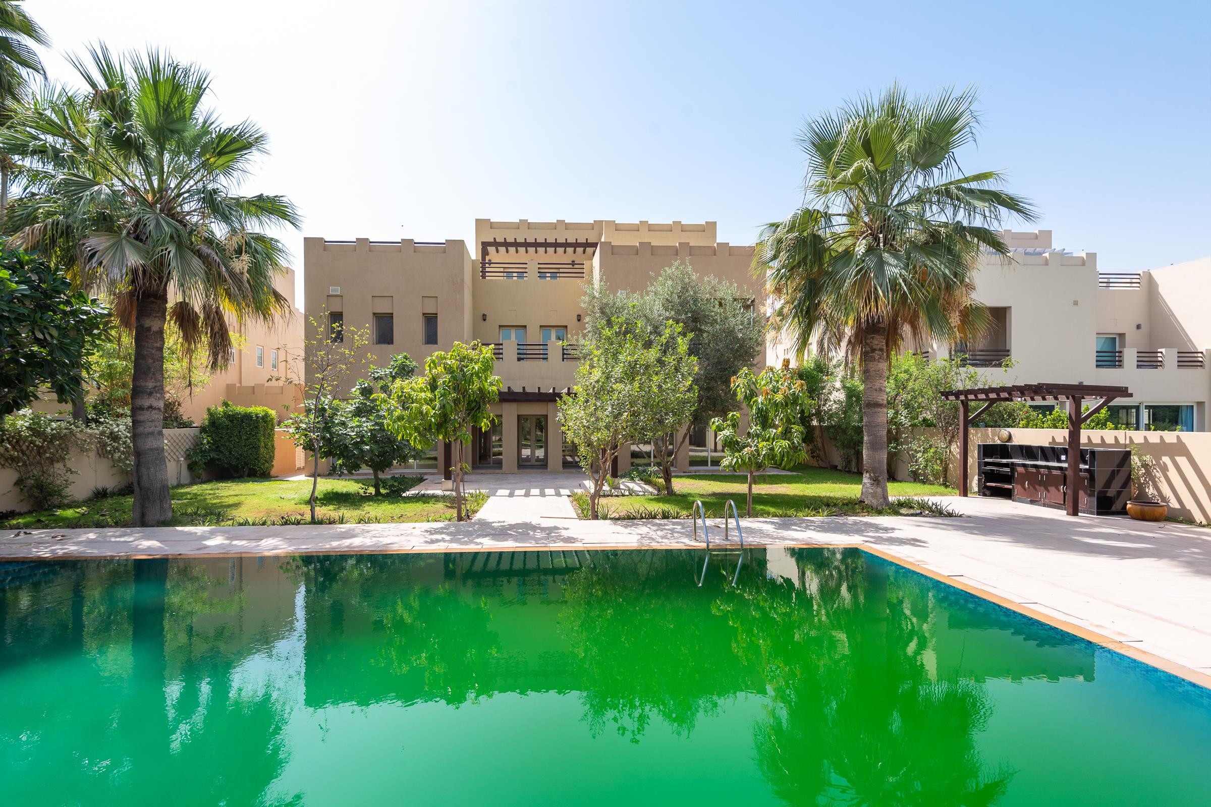 Hattan L2 Villa | Full Golf Course Views