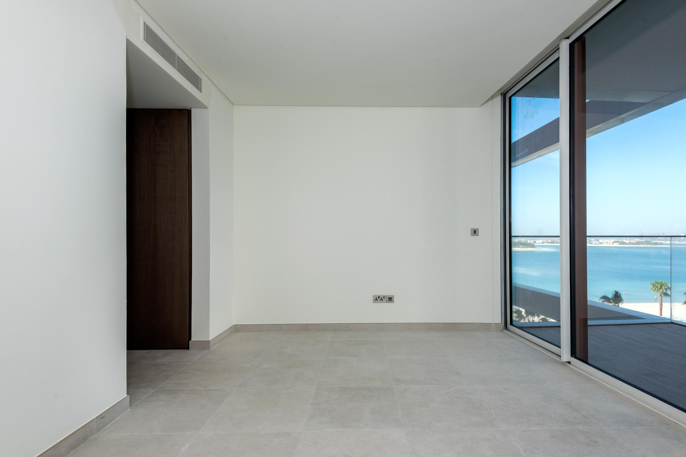 Half Floor Penthouse | Panoramic Views