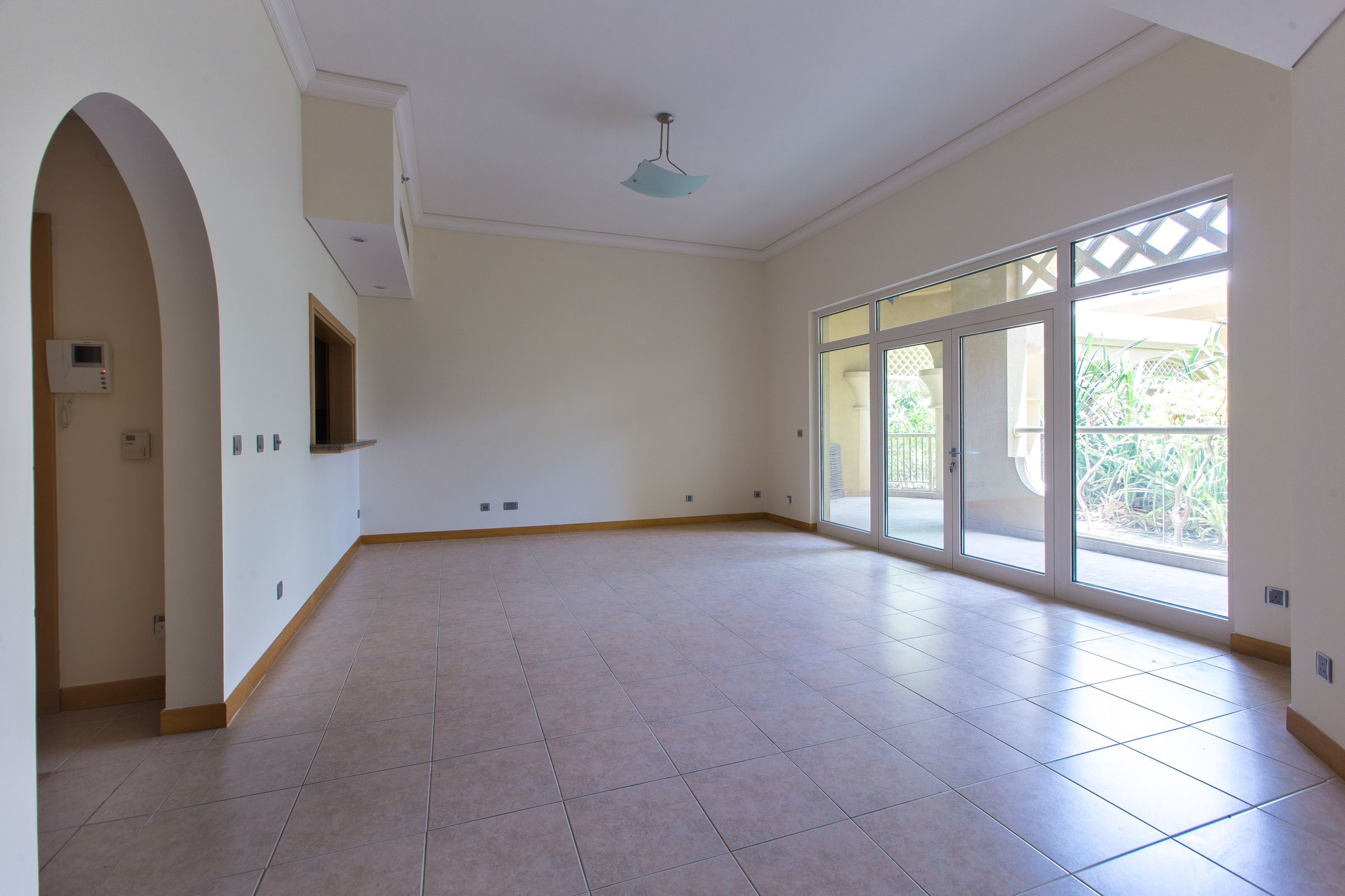 Price to Sell | LHS | Low floor |Rented