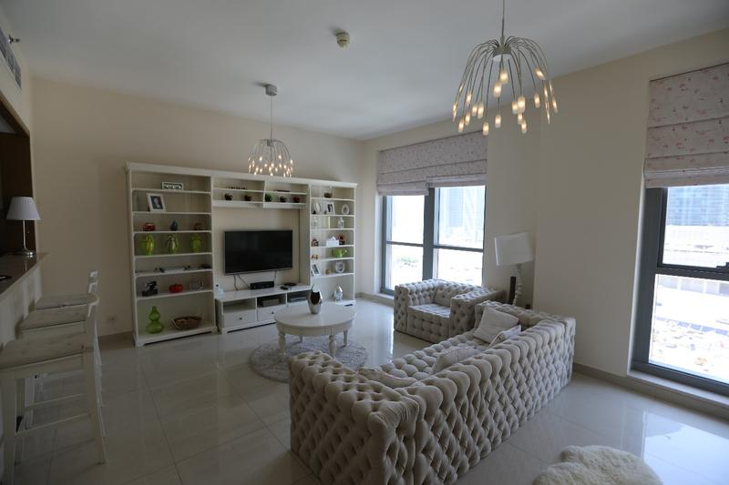 Luxury Furnished | 1 Bed+Study | For Rent
