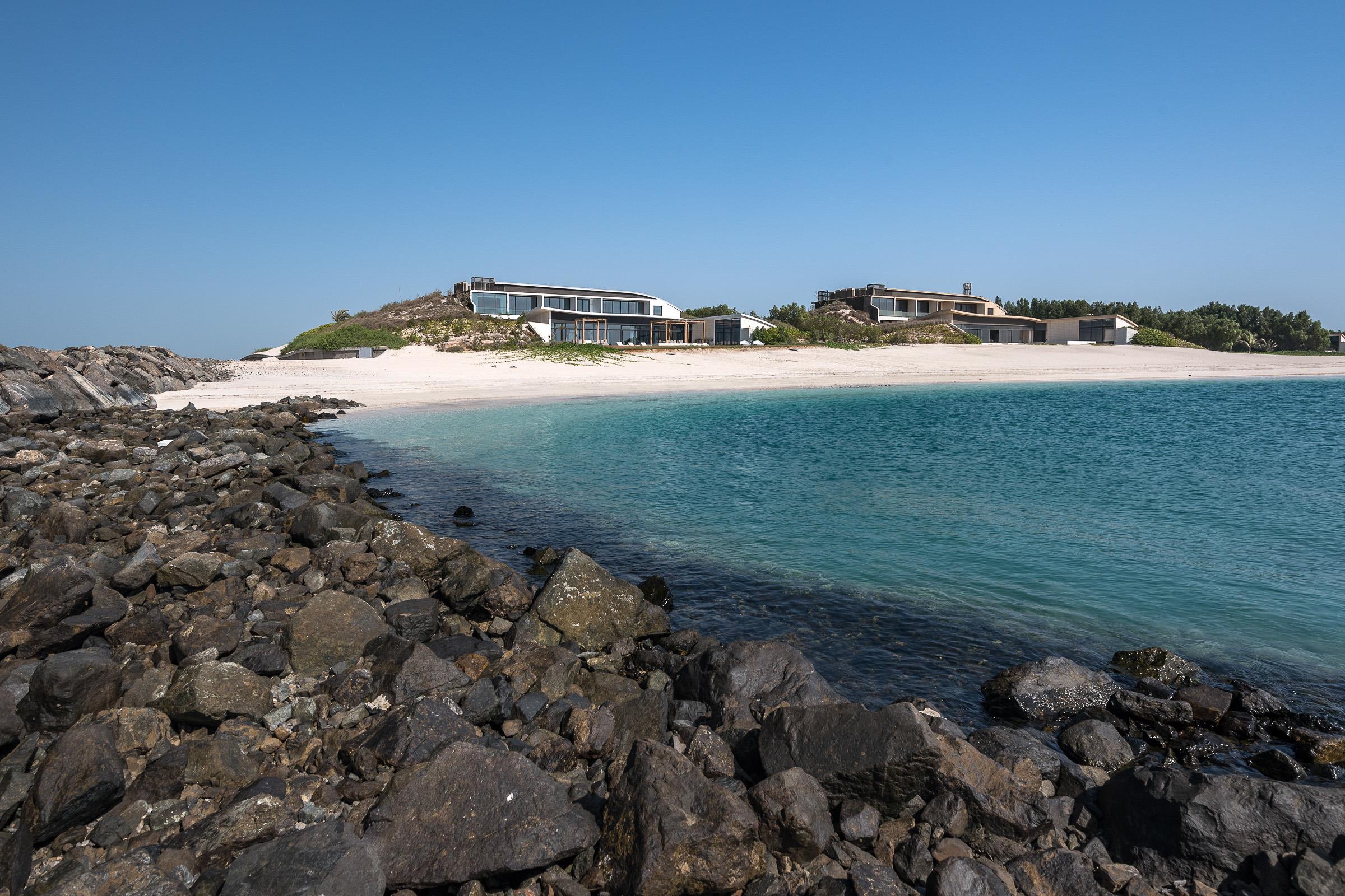 Stunning Beach Front Estate Villa Nurai Island