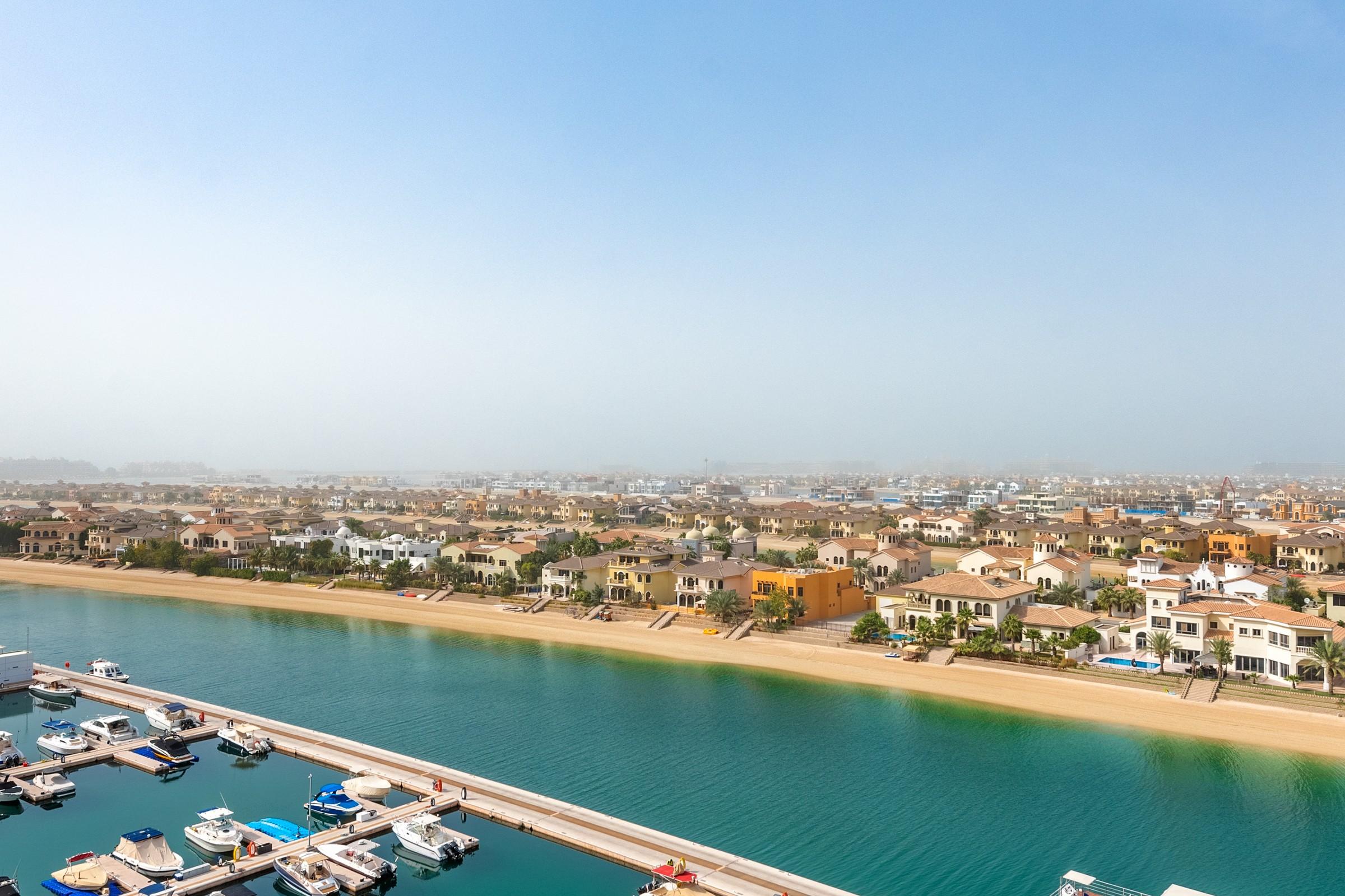 Type A | Full Marina and Atlantis Views