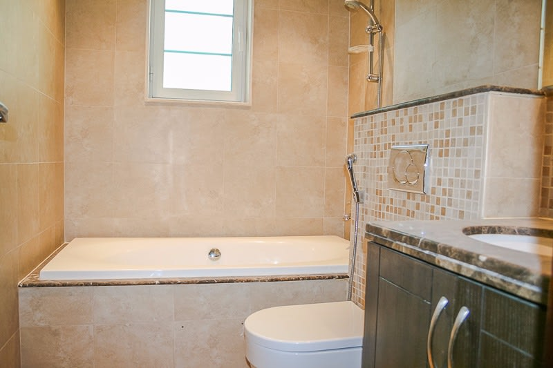 Immaculate 3 Bed Private Pool District 5