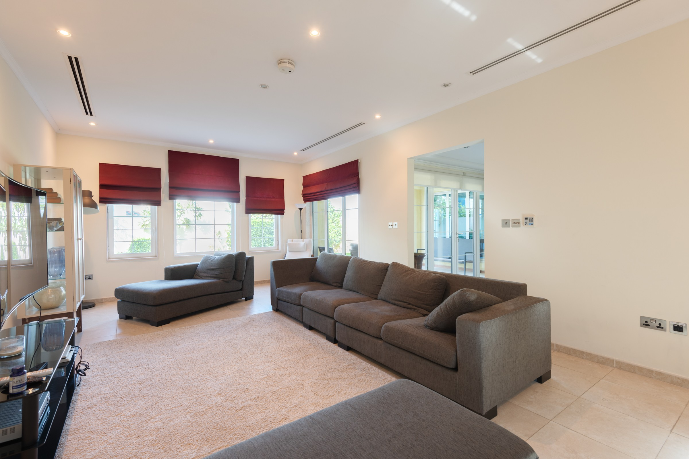 Immaculate 3 Bed Corner Plot  District 5