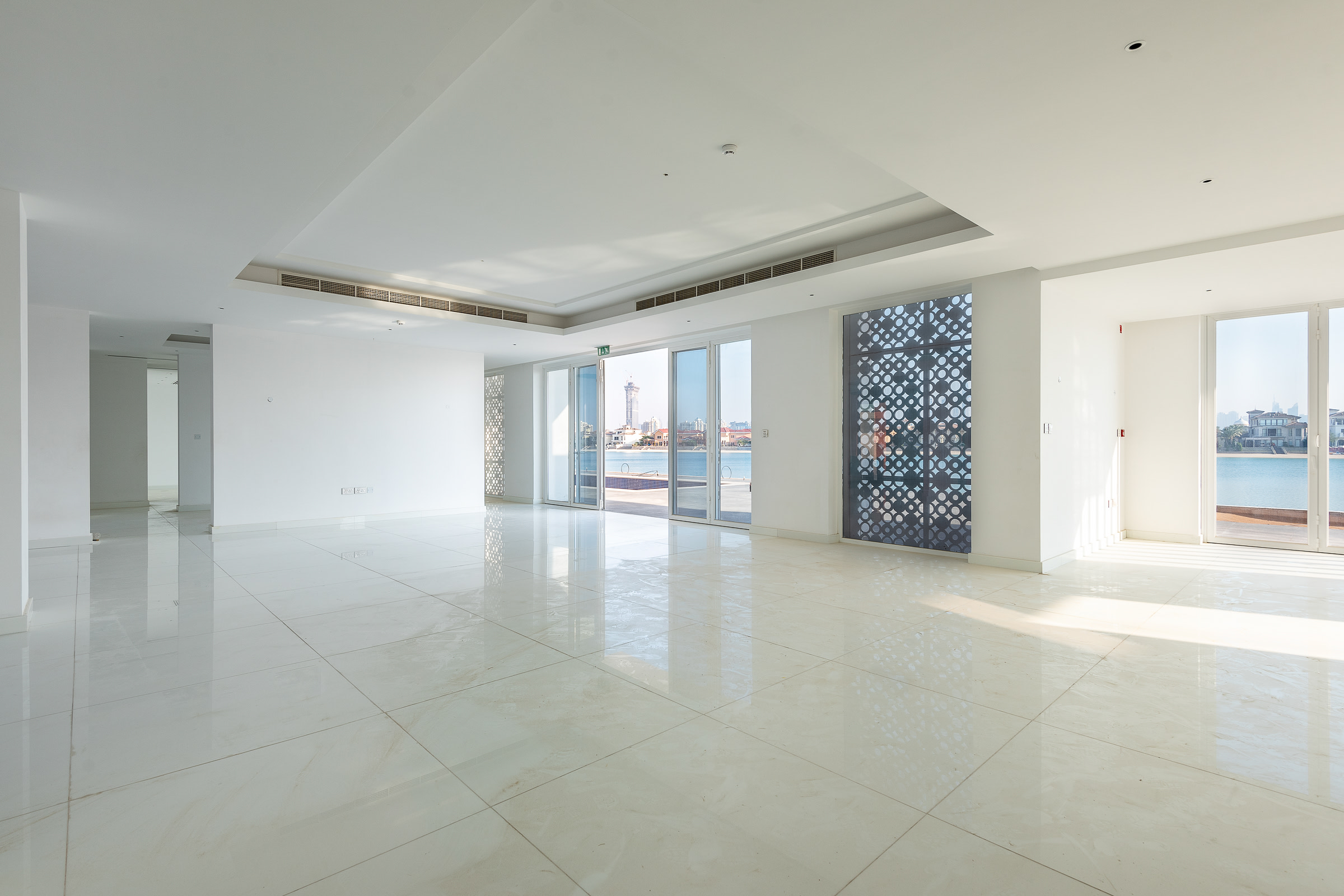 Luxury Custom Villa For Sale Palm Jumierah