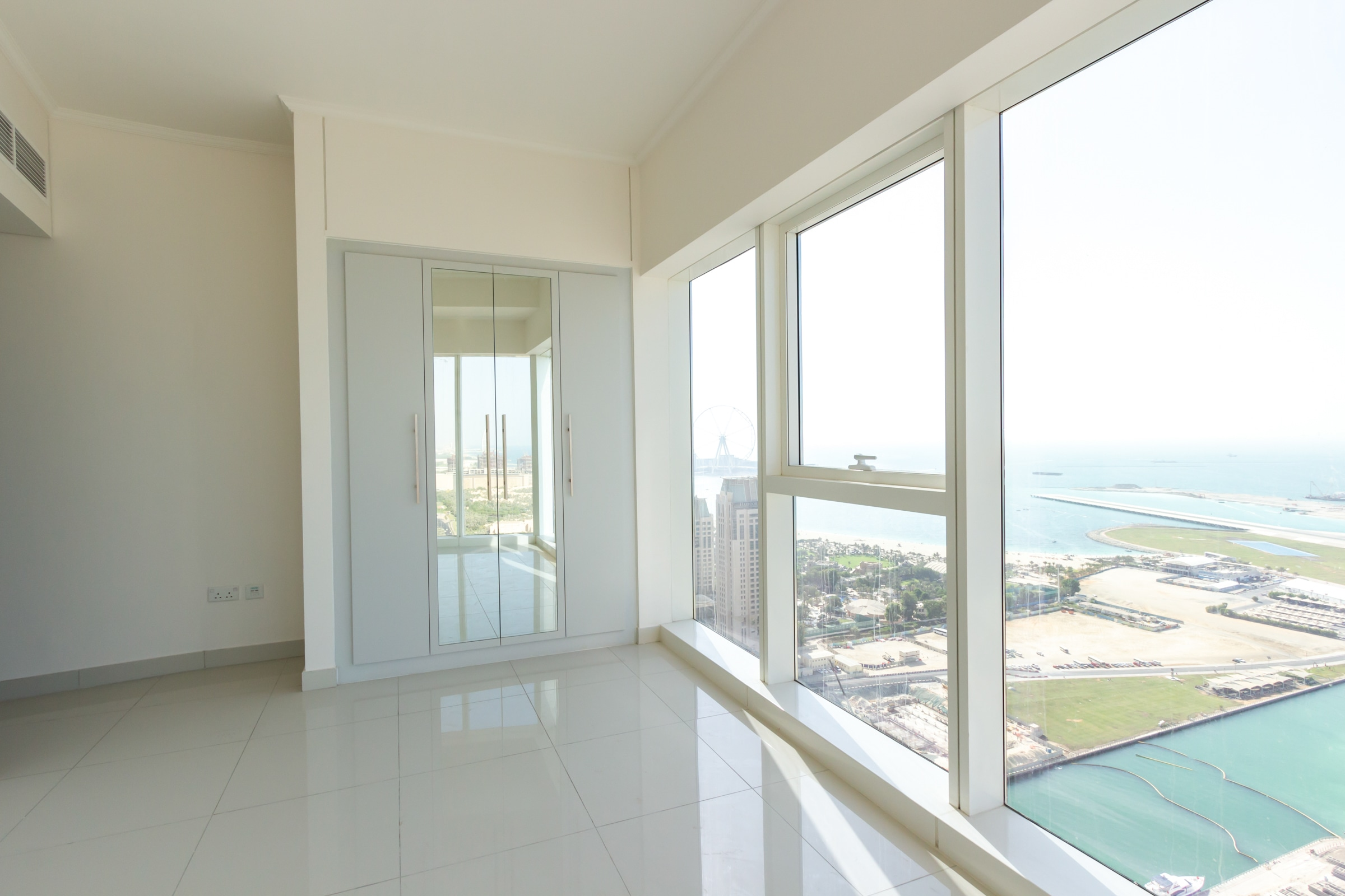 Best Layout I 2 Bedroom I Full Sea View
