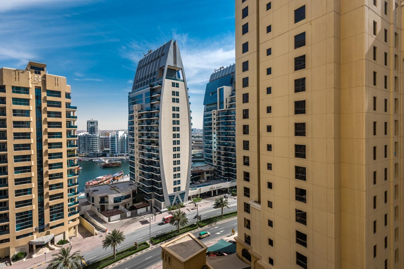 Fully Furnished Marina / Sea Views Unit