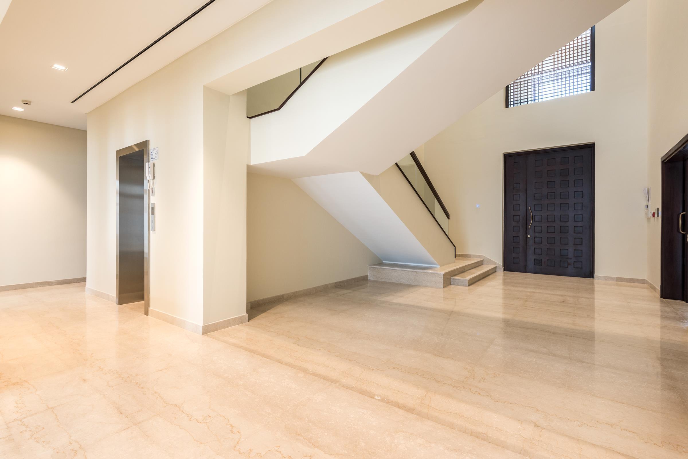 Ready 6 BR Modern Arabic - Corner Villa