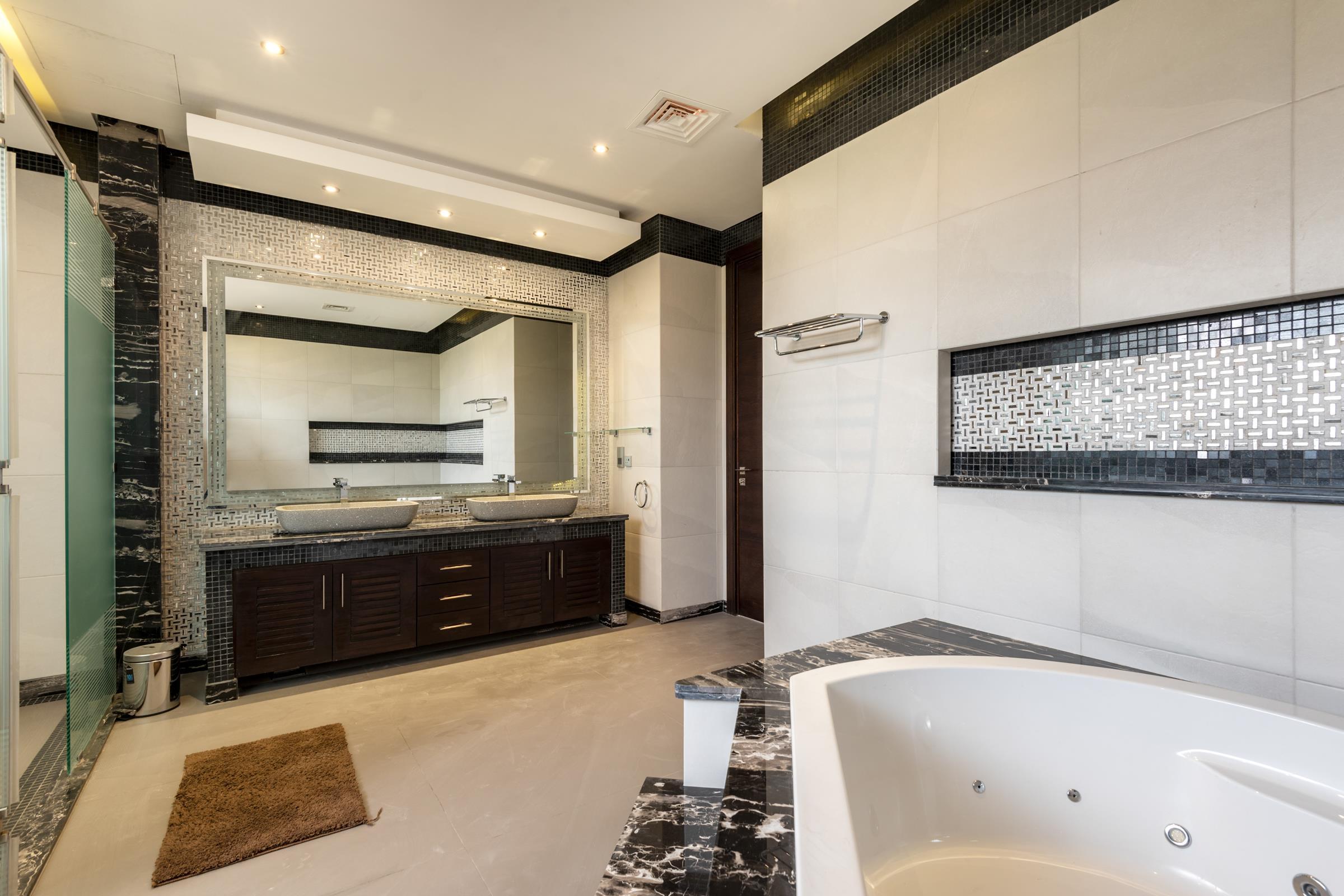 Elegant 6 Bedroom Villa | Emirates Hills