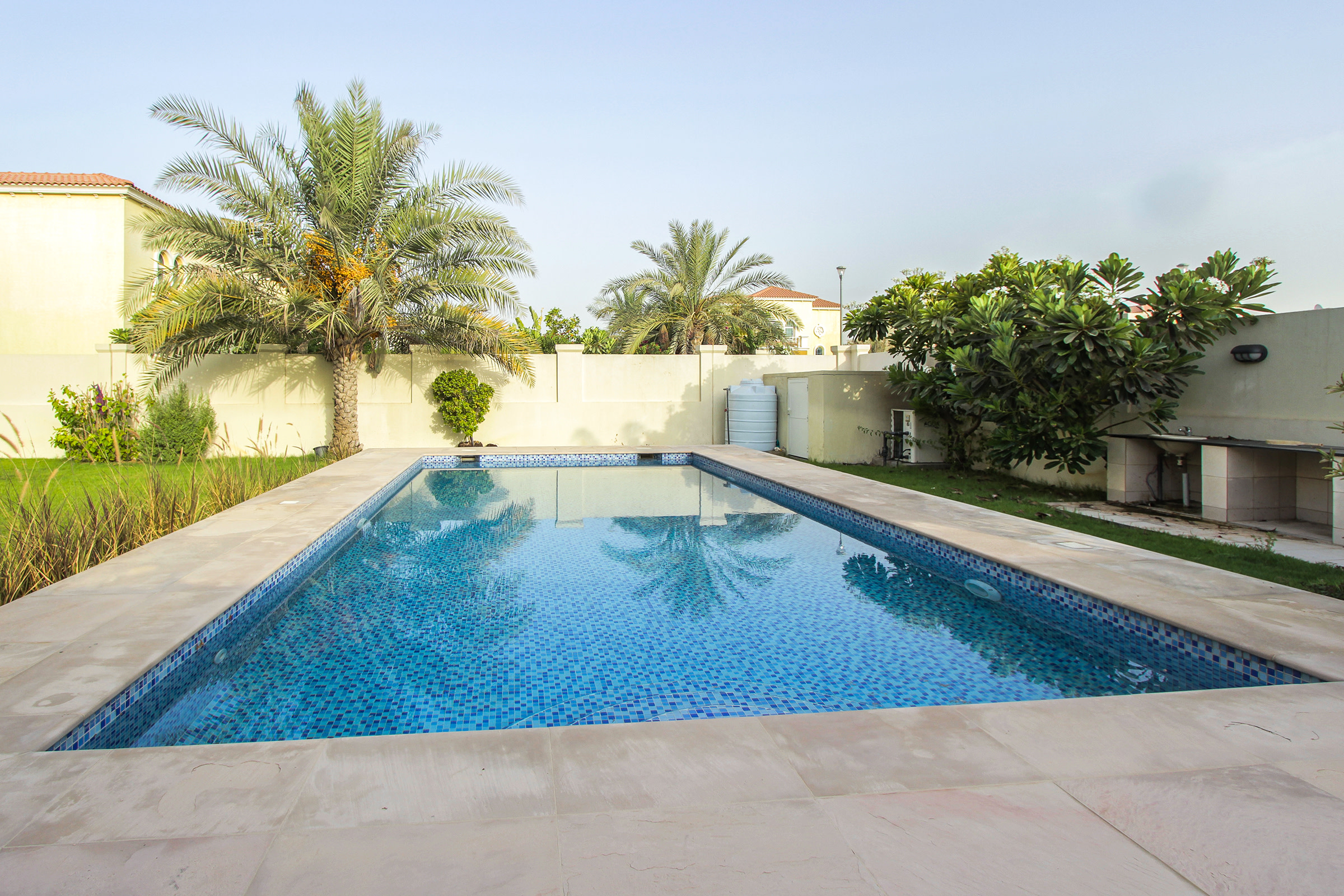 Immaculate 3 Bedroom Corner Villa | Pool
