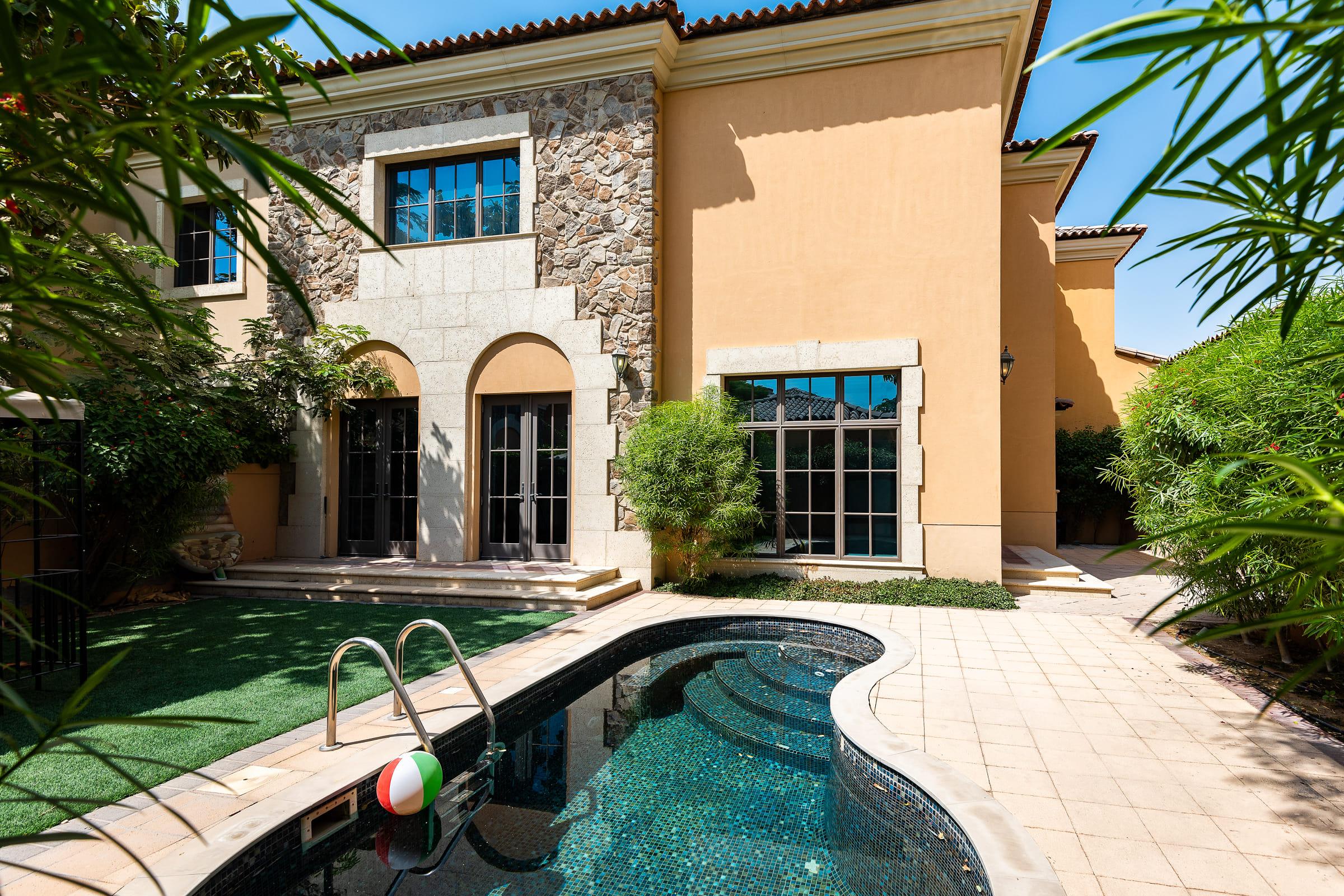 Vacant 3 Bedroom Villa | Muirfield Villa