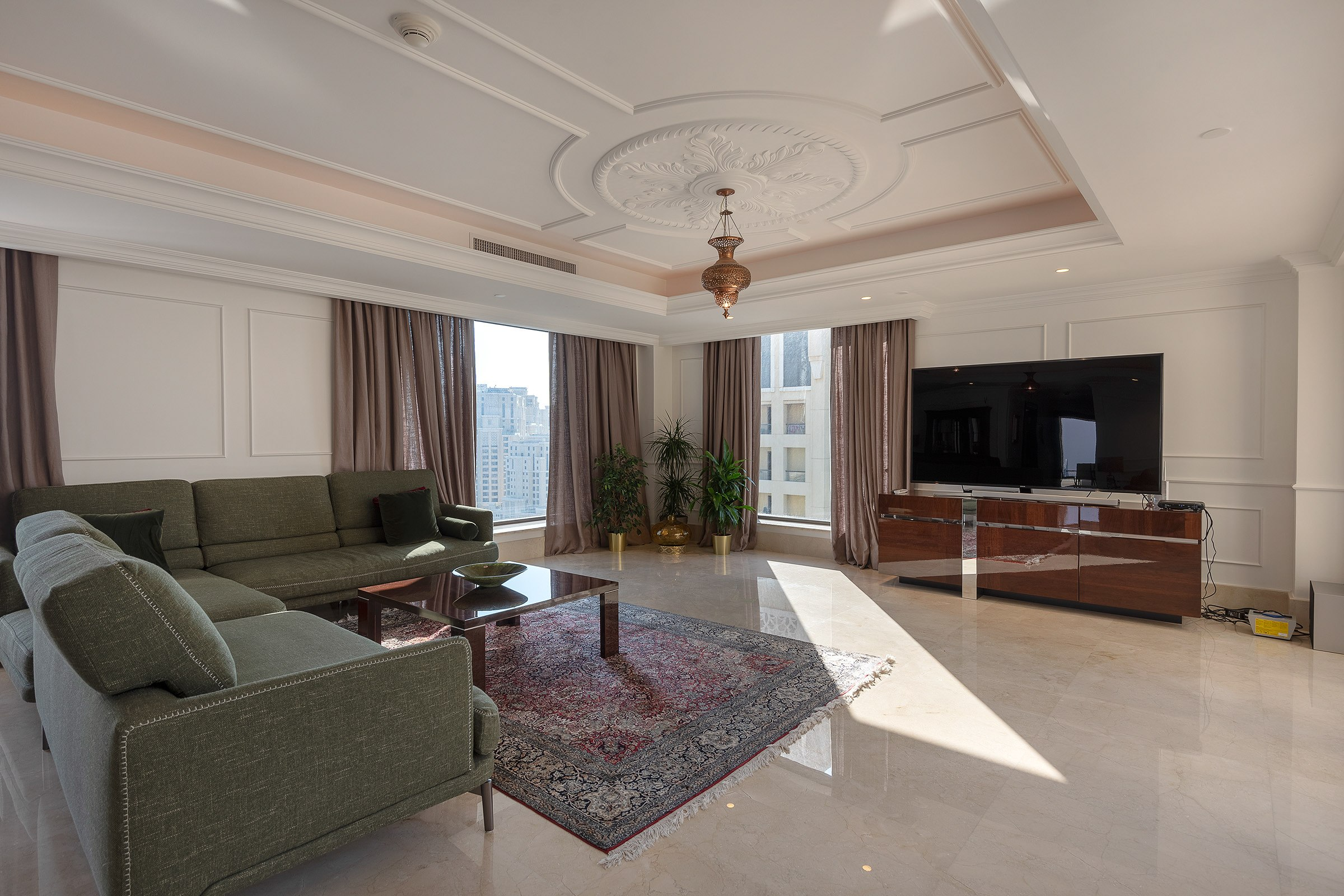 Fully Upgraded Penthouse | Stunning Sea View