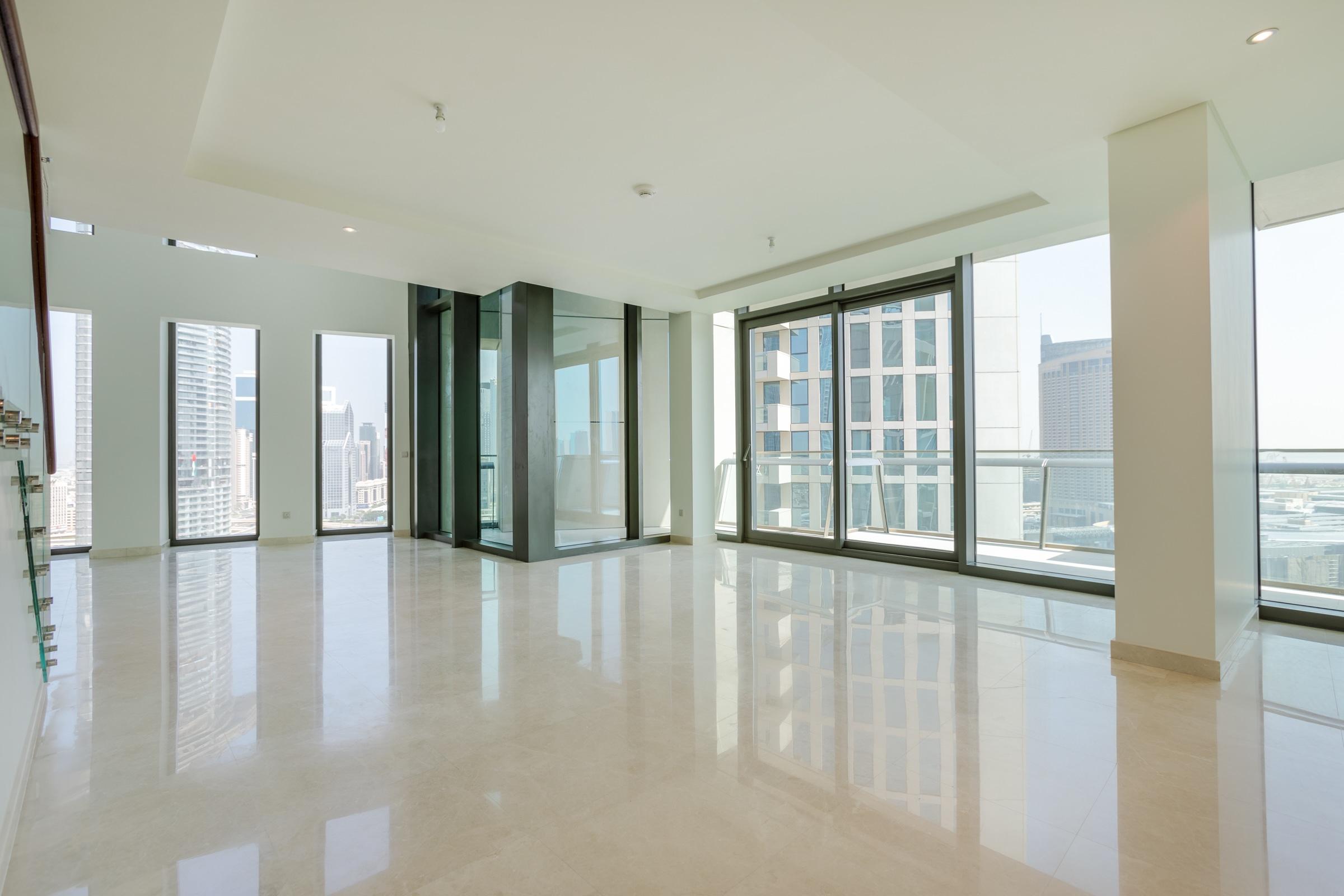 Stunning Burj Khalifa View 5 Bed Triplex