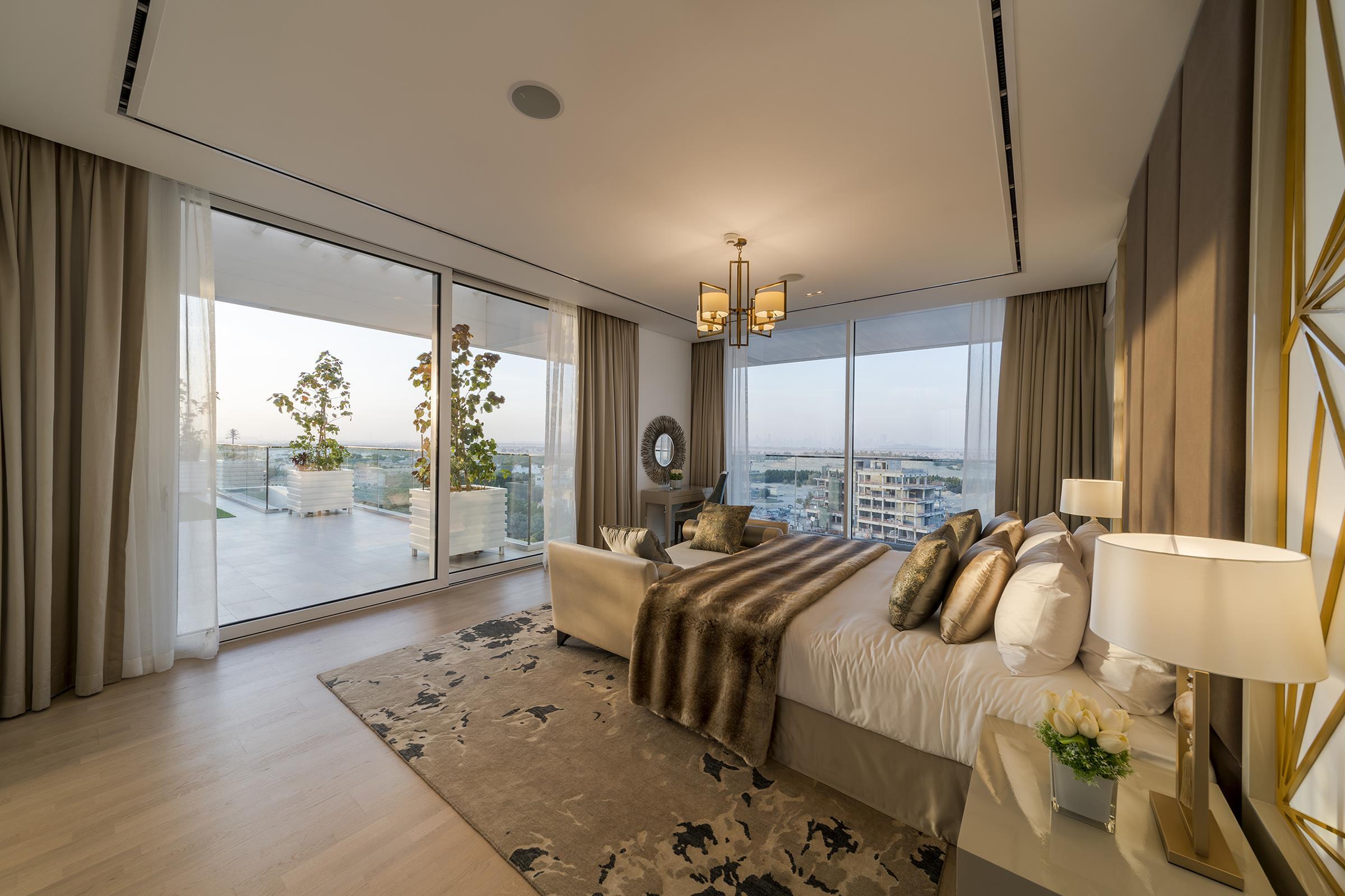Unique Three Bed Room Loft - Garden Home - Lake View