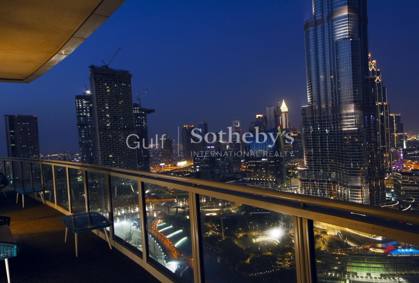 Luxury Penthouse Overlooking Burj Khalifa