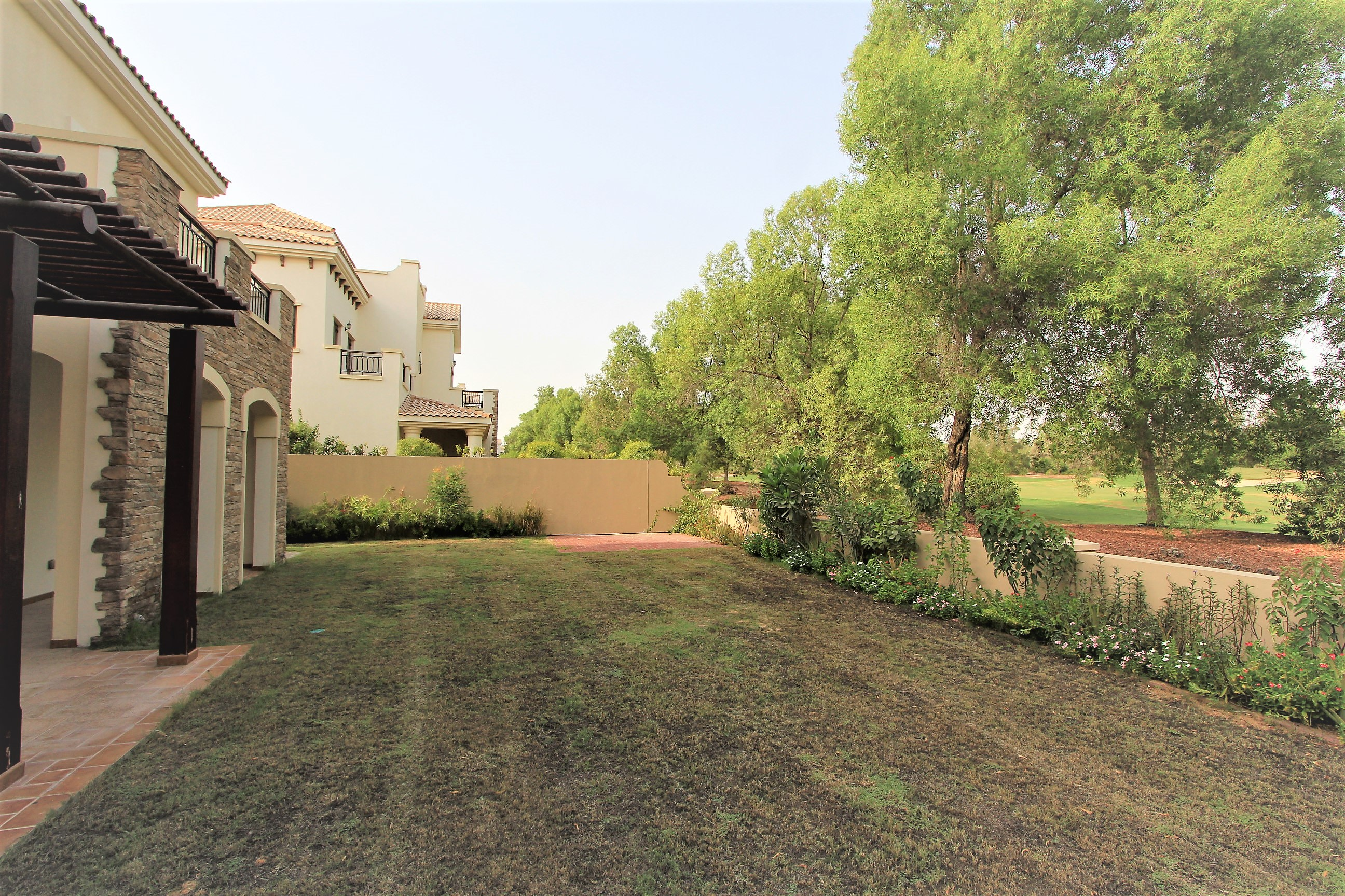 Well positioned Almeria golf views ready