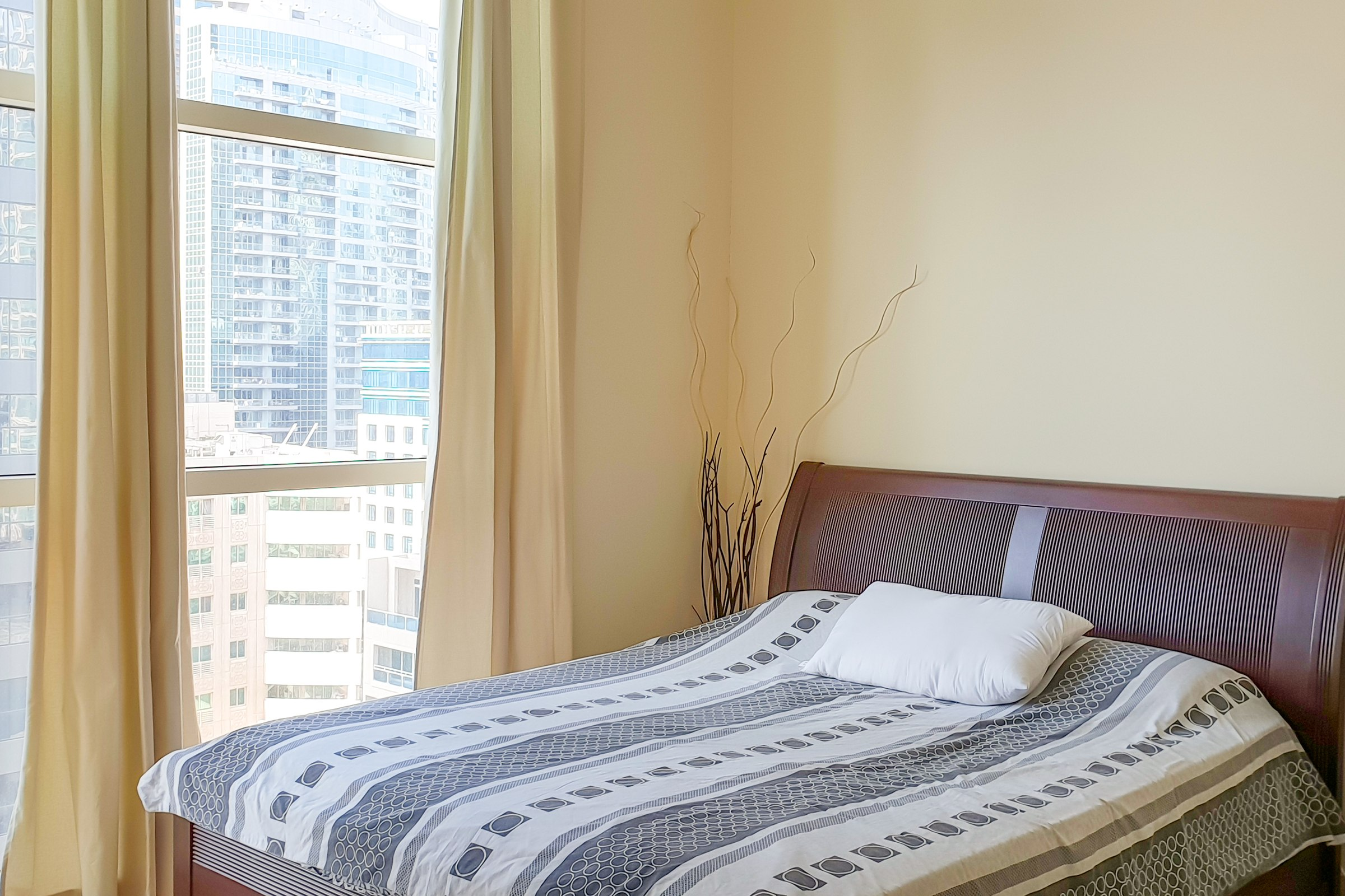 Ready to Move in Fully Furnished Apartment