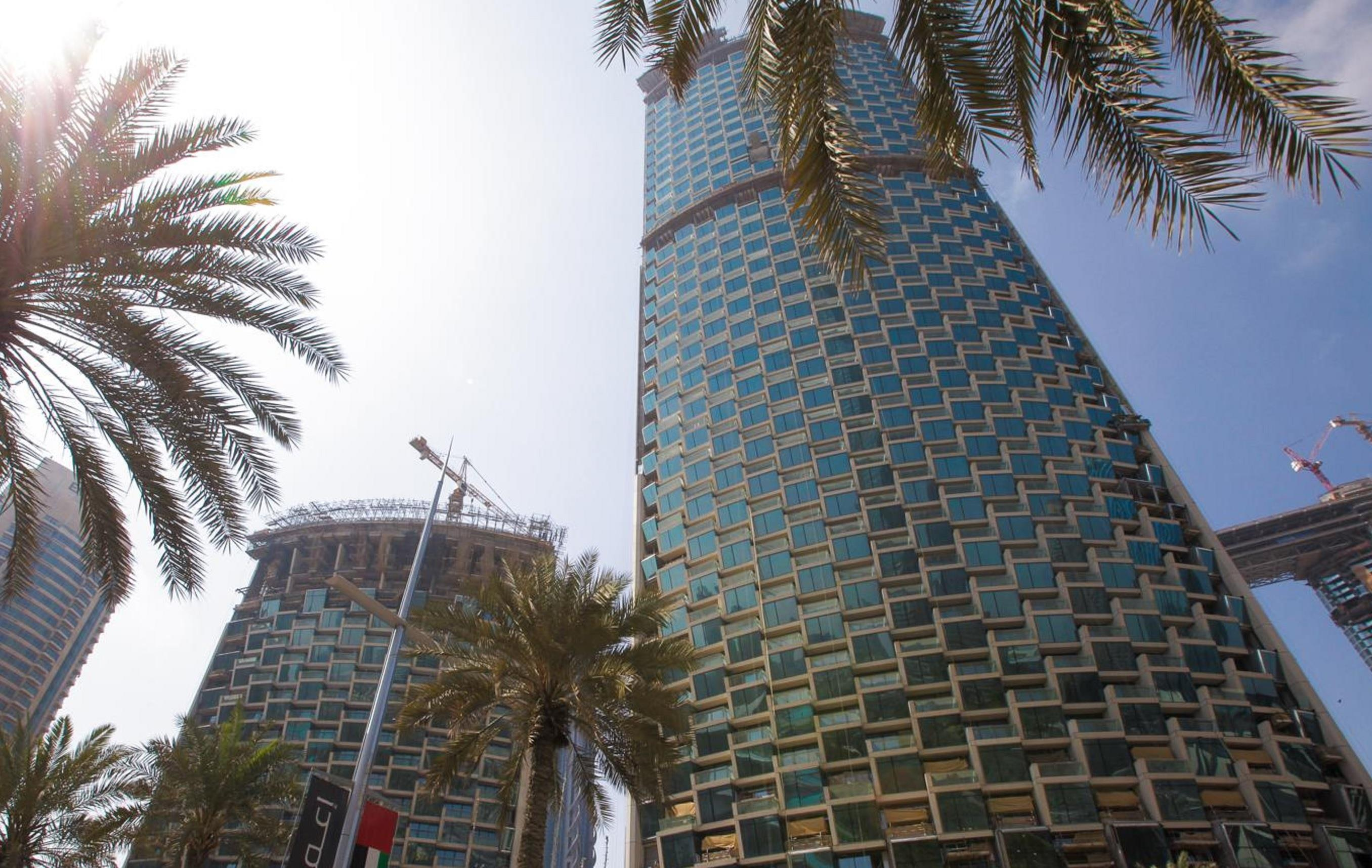 Breathtaking 2 BR Sea & SZR View Burj Vista