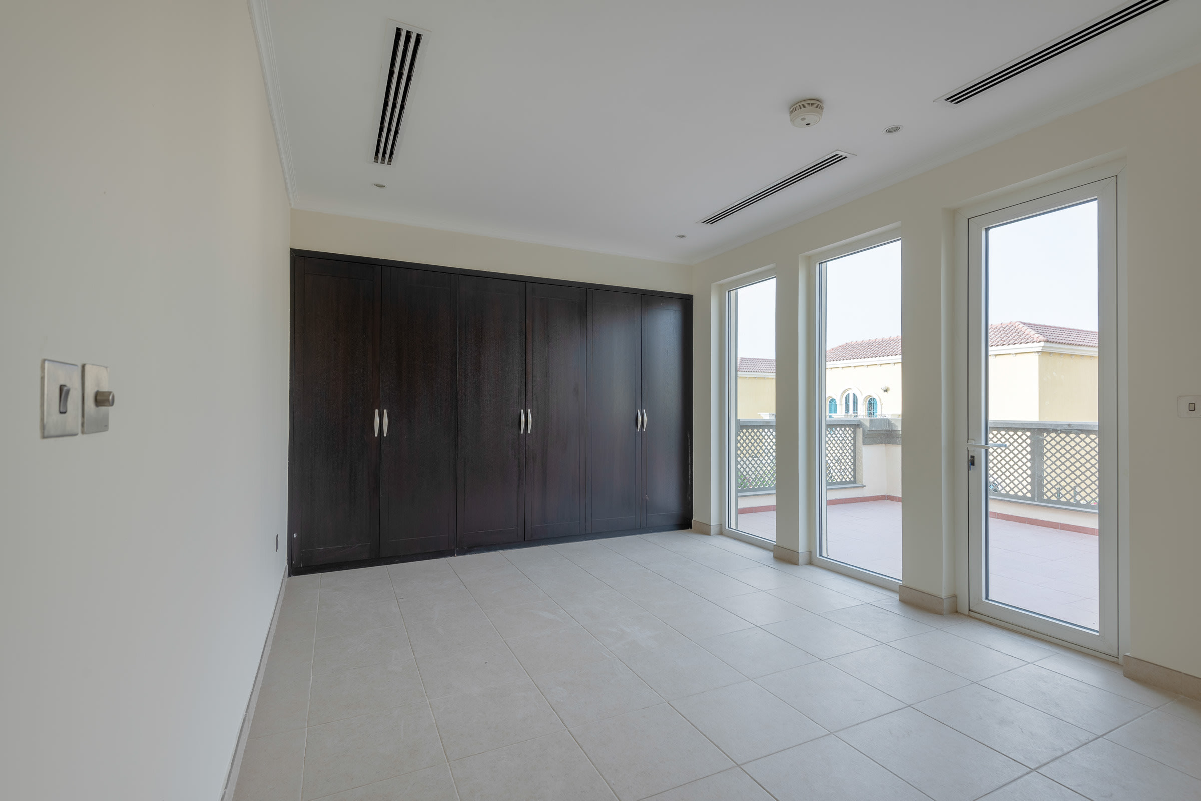 Immaculate 3 Bedroom Large Available Now