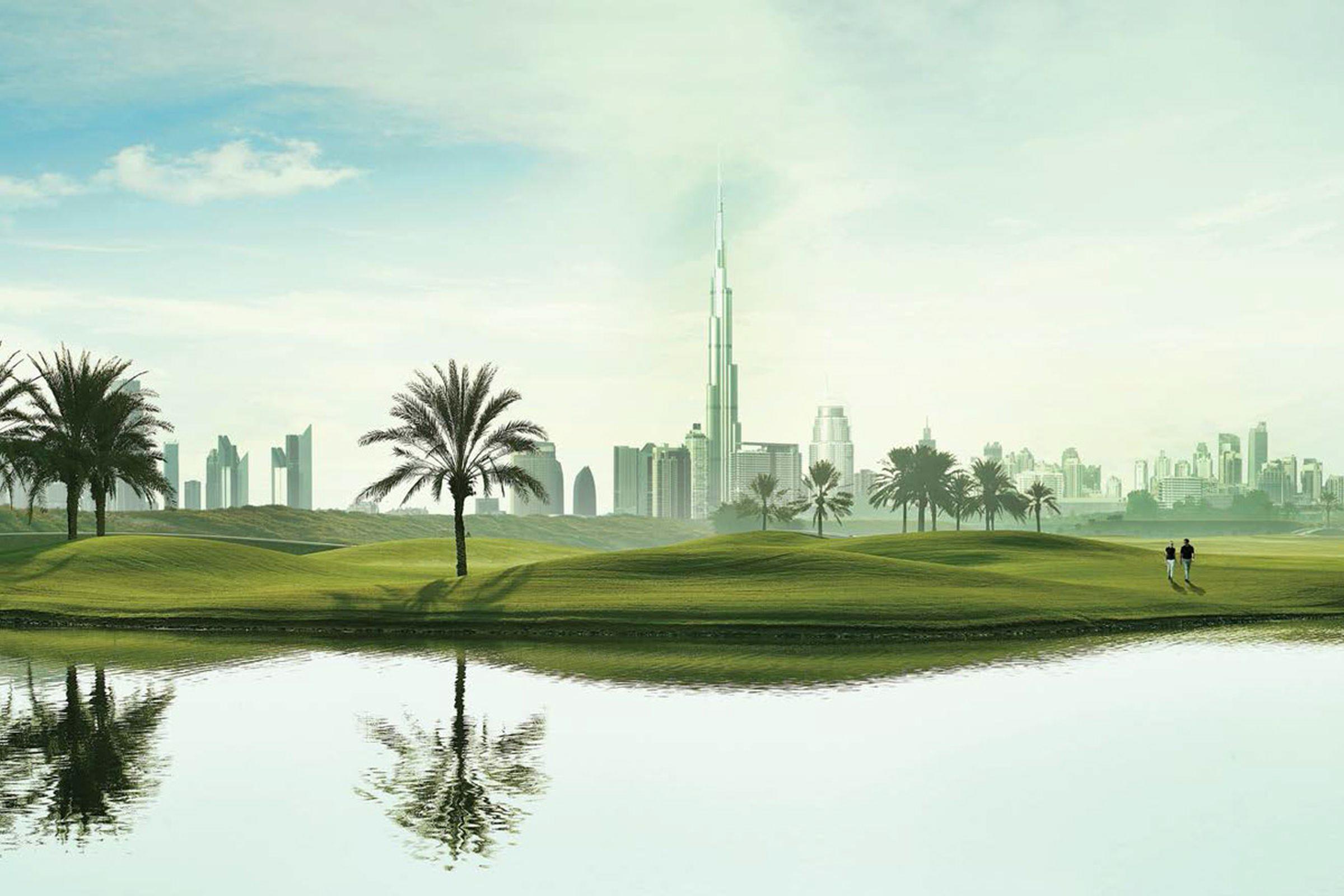 Semi-Detached Villa Located On The Golf Course