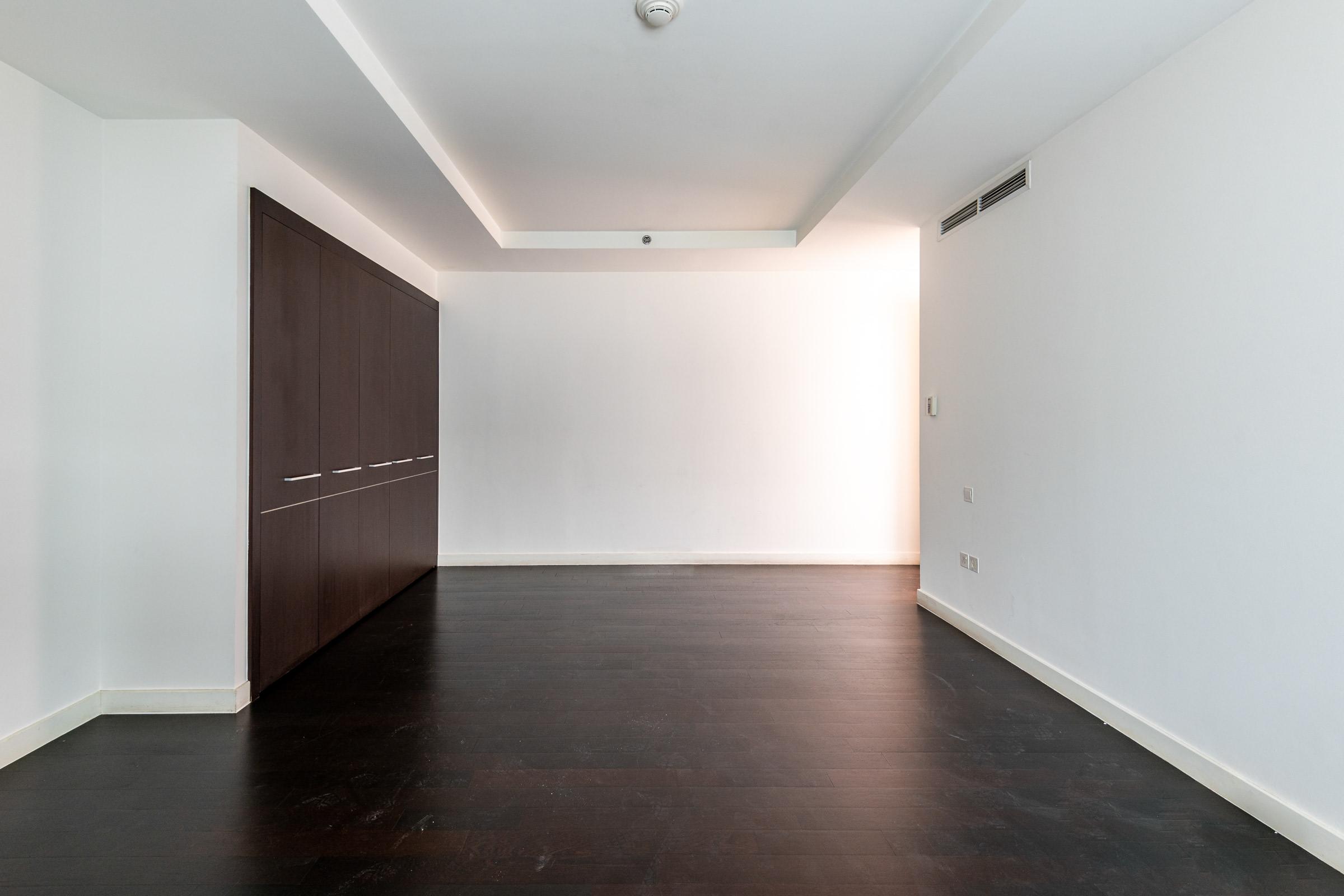 Large 2 Bedroom Apartment Limestone DIFC