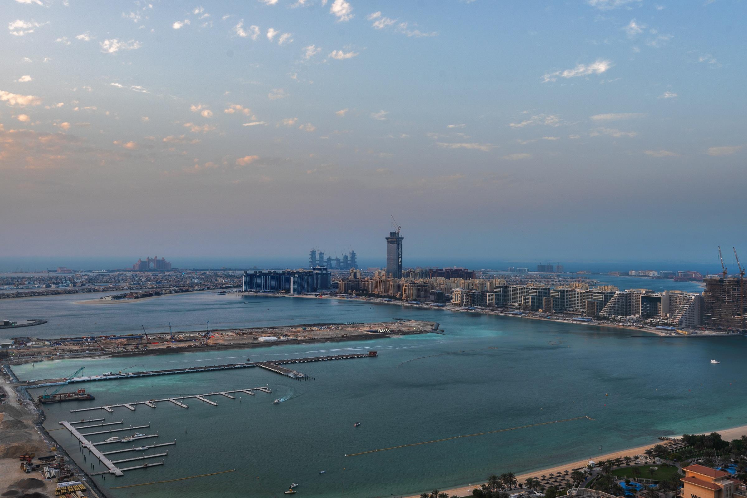 Upgraded Luxury Penthouse Full Sea Views