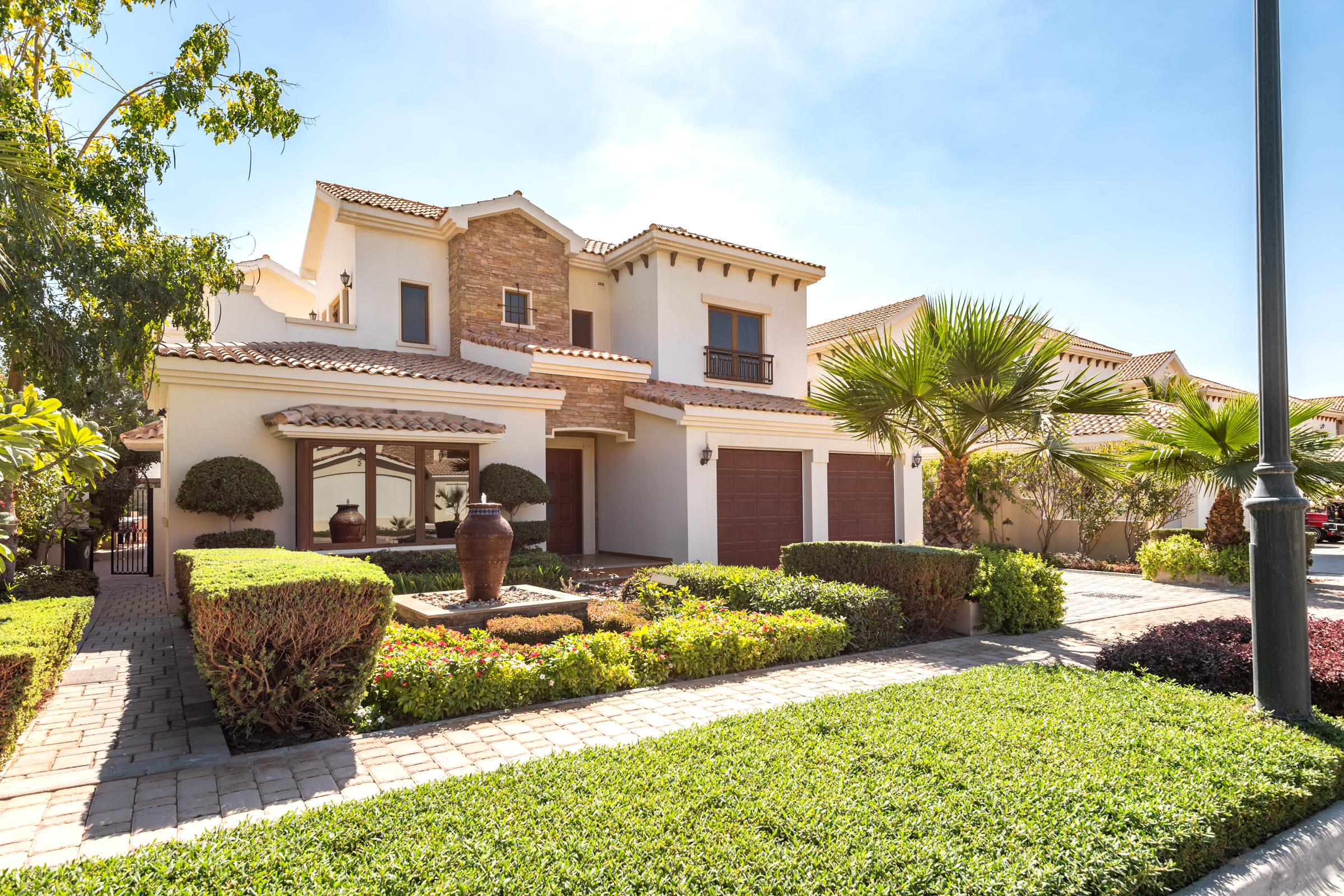 Luxury Unique 5 bed Almeria with Basement